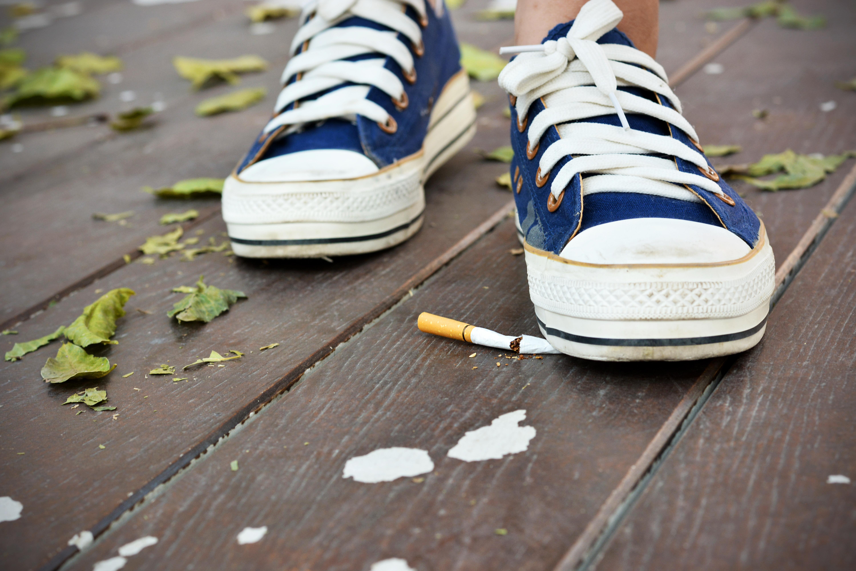 Det är aldrig för sent att sluta röka. Det finns flera metoder och produkter att välja bland. Se mer i nedan informationsfilm om rökstopp.