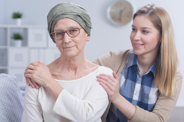 Enligt sjukvårdsminister Gabriel Wikström är målet att ingen ska behöva vänta en enda dag för länge på cancervård.