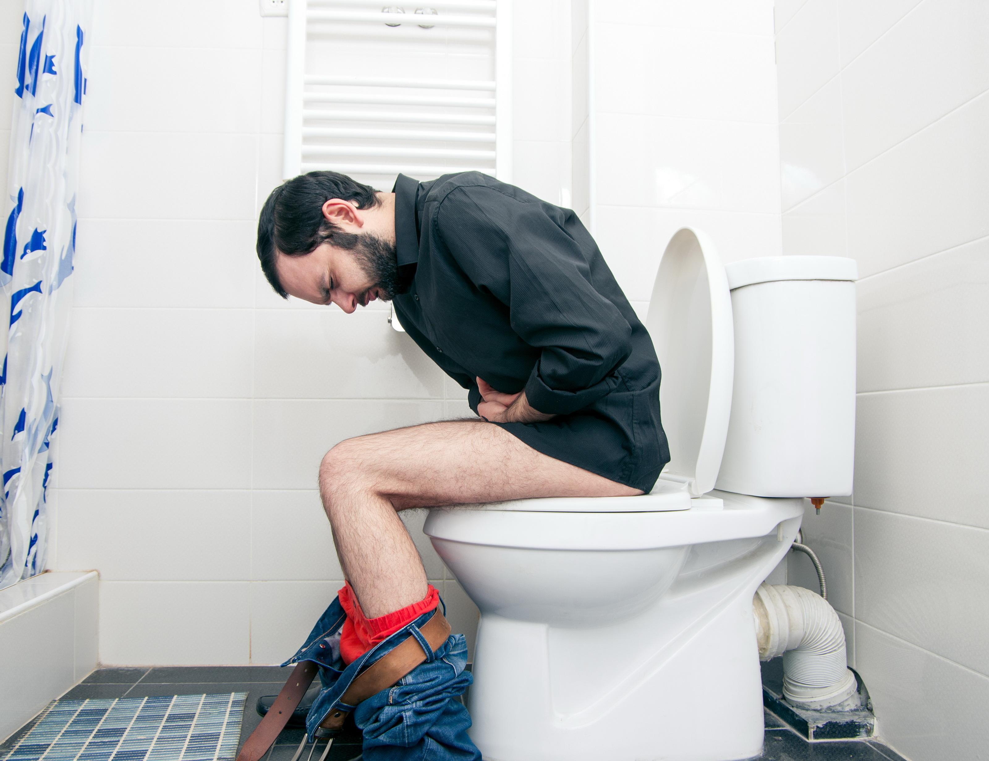 Man brukar säga att man drabbats av diarré om man har ett ökat antal avföringar per dygn (fler än tre avföringar) och om denna är lös eller vattnig.