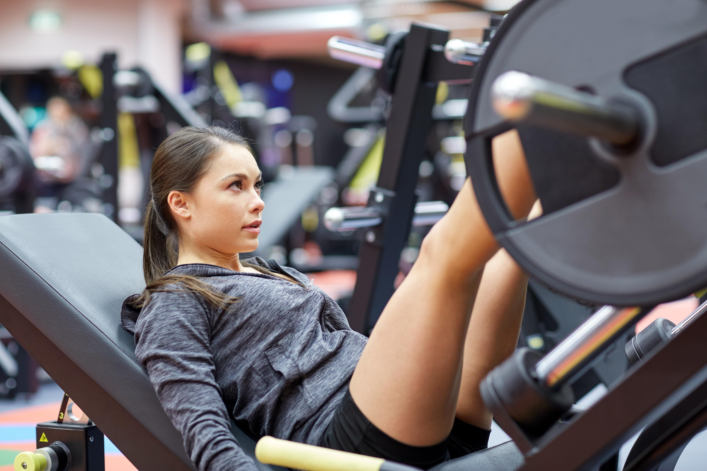 Benträning under de två första veckorna av menstruationscykeln gav påtagligt större effekt på muskelkraft, muskelstyrka och muskelmassa.