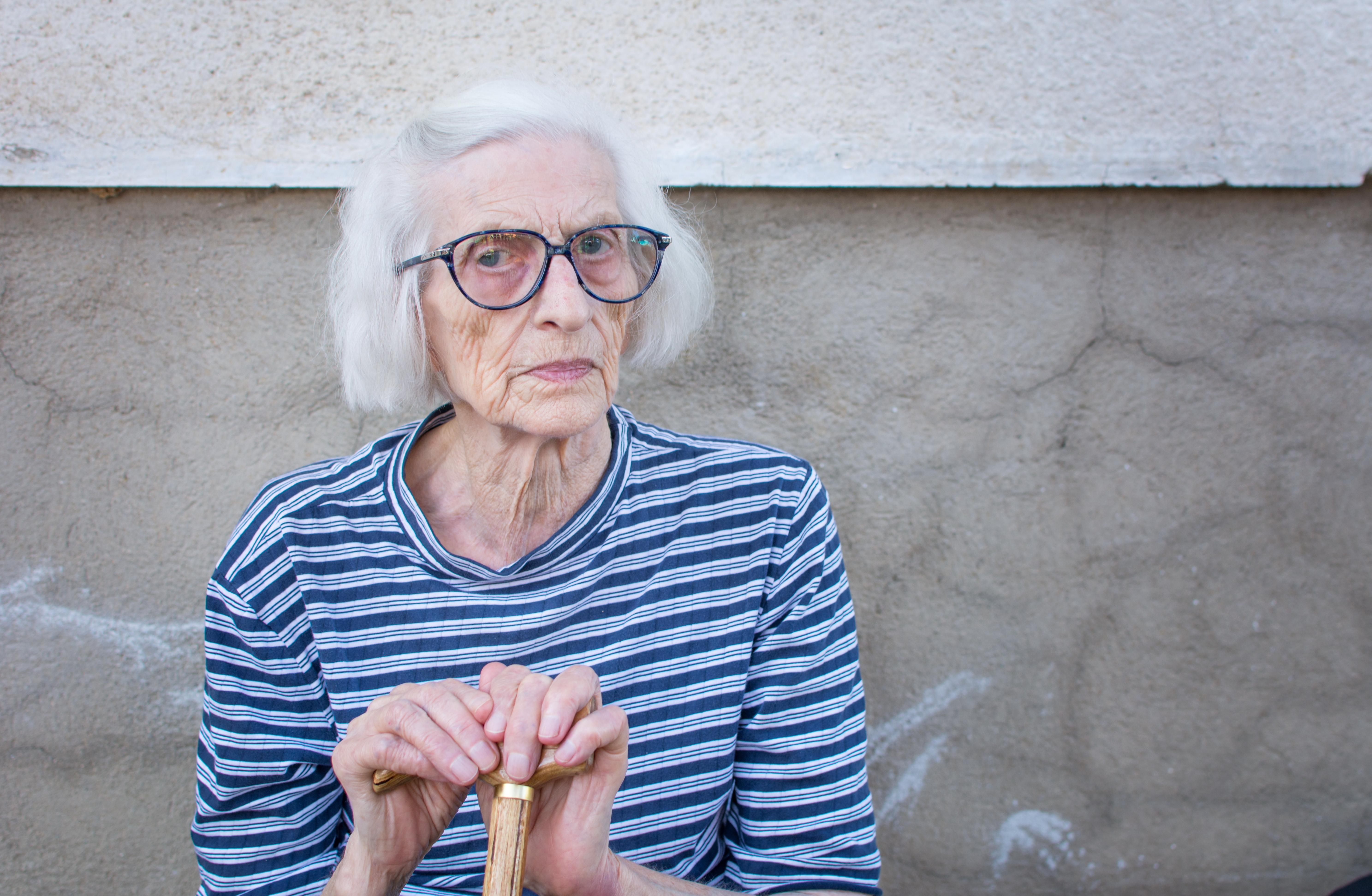 Sarkopeni är främst åldersrelaterad och förekommer framförallt hos personer över 70 år. Sarkopeni kan förebyggas genom träning och rätt kost.