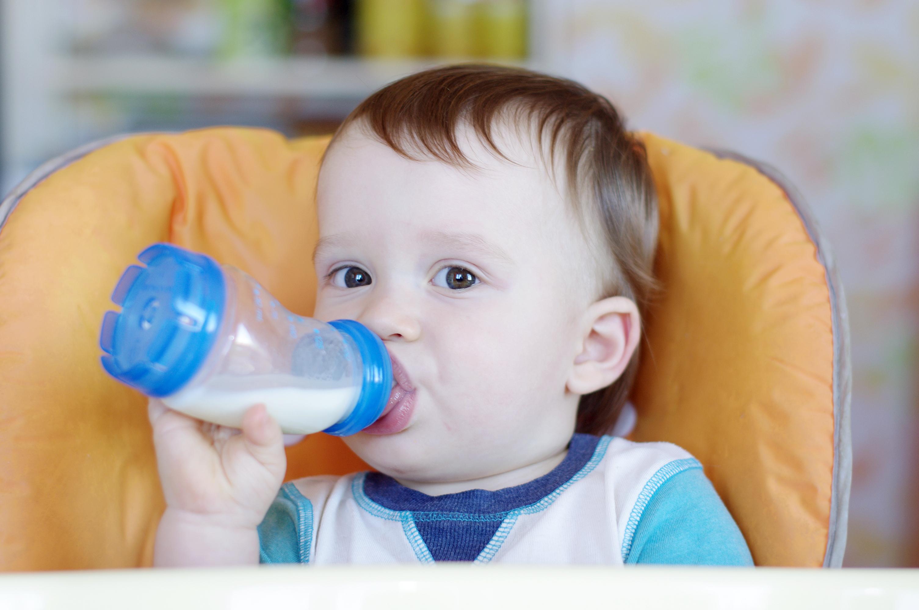 Risken för övervikt eller fetma visade sig vara i det närmaste fördubblad om barnen druckit välling vid tolv månaders ålder.