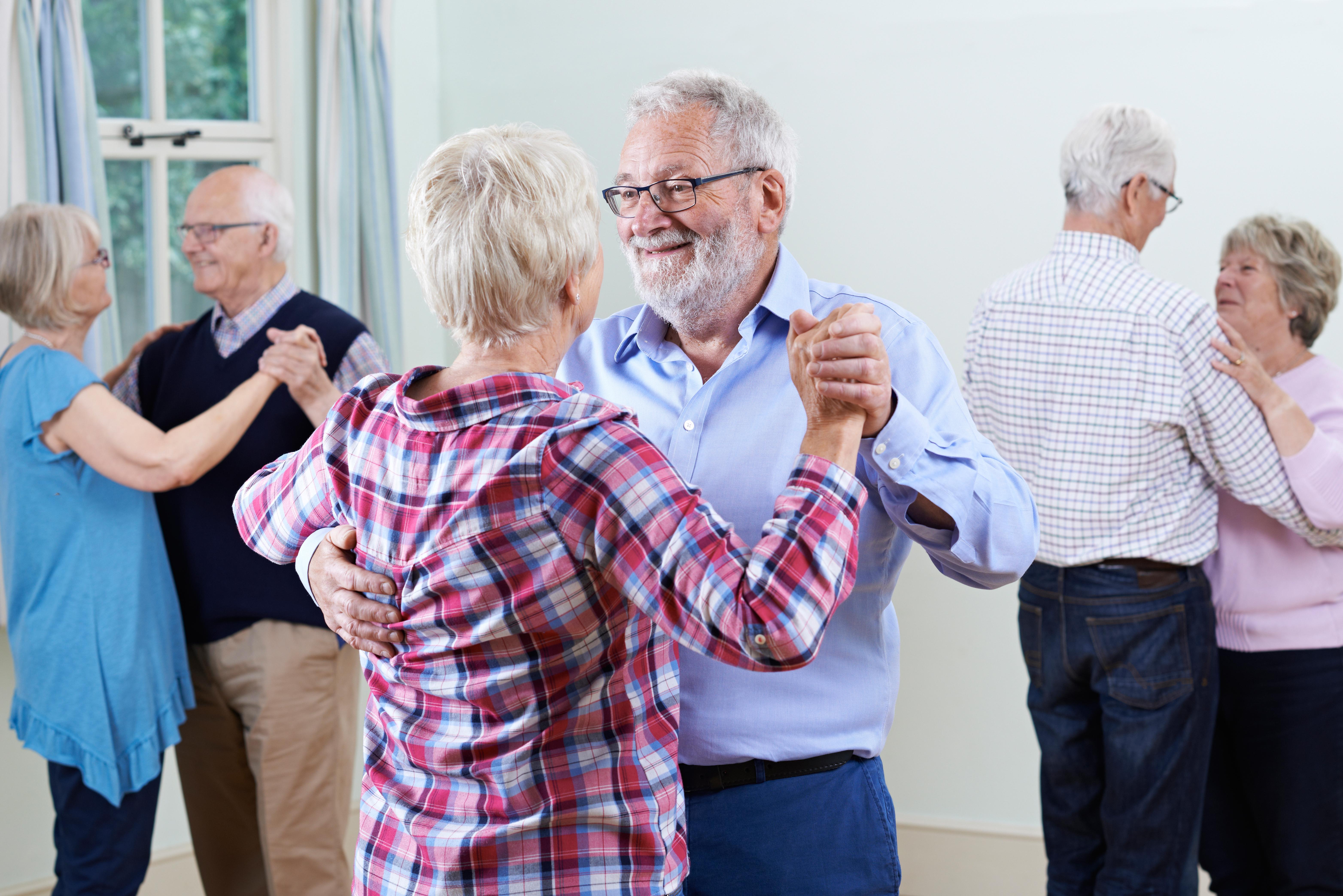 Dans är en utmärkt träningsform för att stärka kroppens muskulatur.