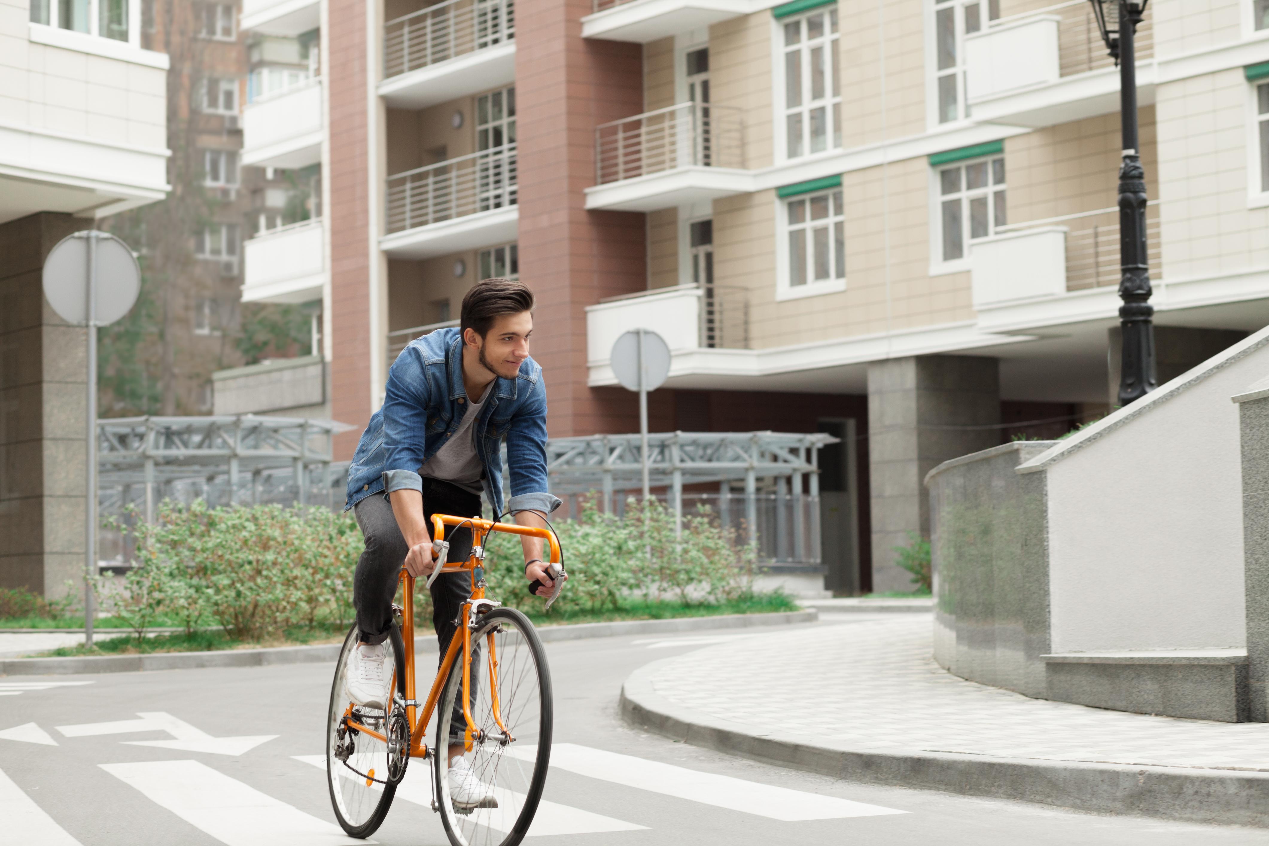 En ny studie visar att ju längre cykelsträcka, desto lägre var sannolikheten för att ha riskfaktorerna för typ 2-diabetes och hjärt-kärlsjukdom.