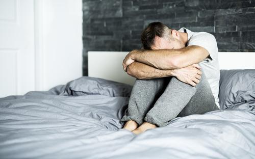 Enligt uppskattningar drabbas runt 5 procent av alla män*, de flesta mellan 40 och 55 år, av Peyronies sjukdom.
