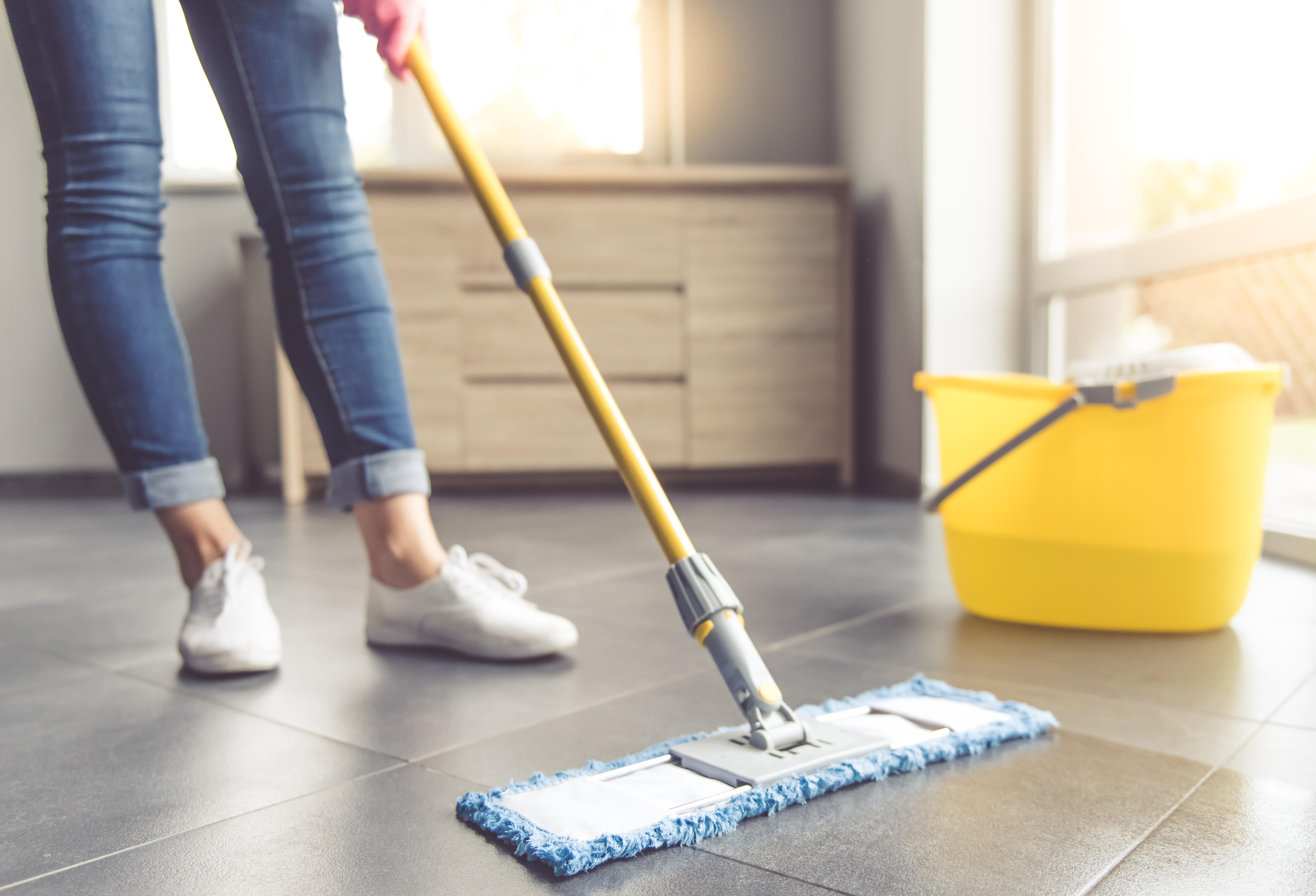 För att få ihop 30 minuters fysisk aktivitet varje dag kan man även räkna in olika hushållssysslor.