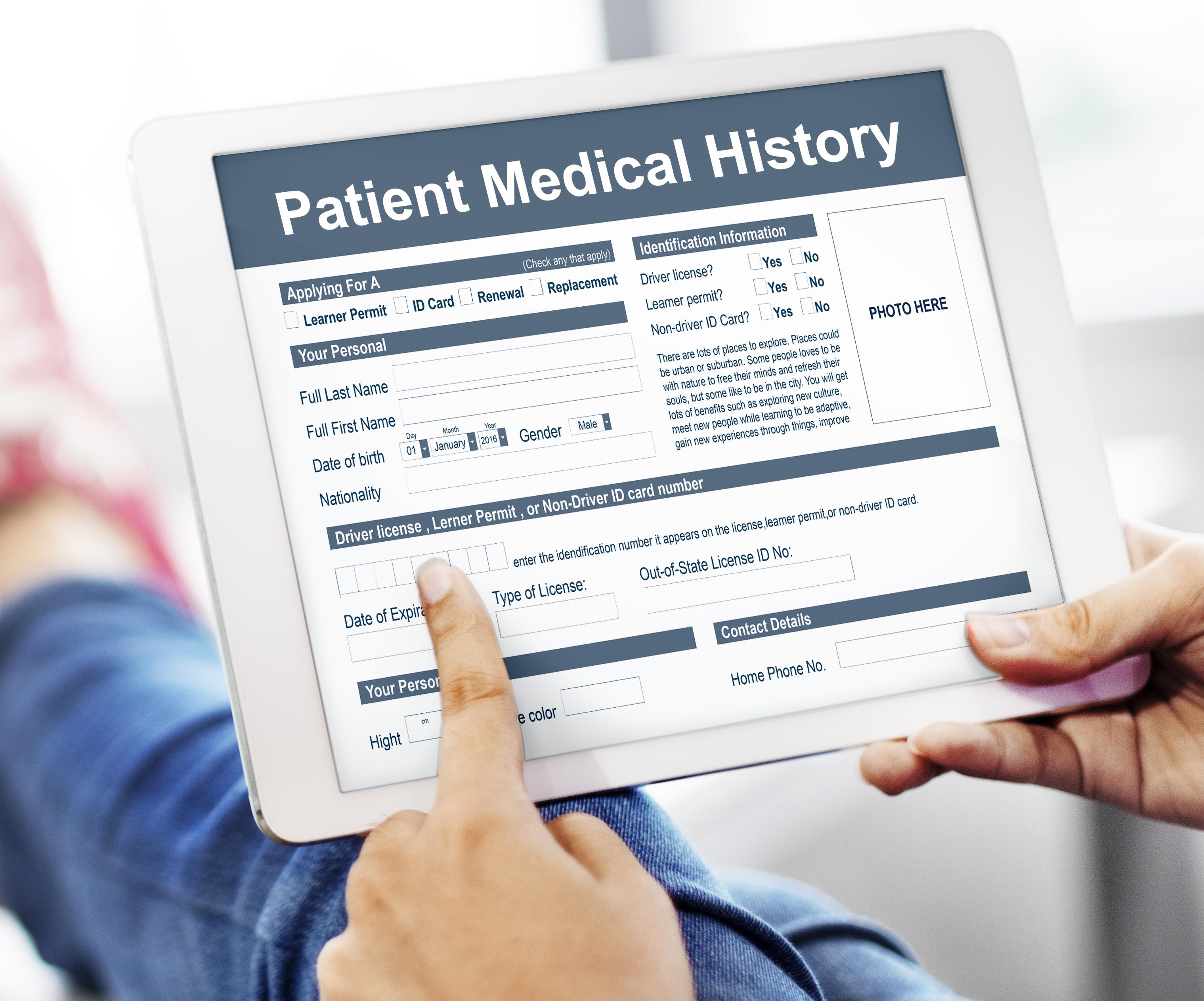 E-tjänsten att ge patienten åtkomst till sina journaler via nätet kallas Journalen och är tillgänglig i nästan alla landsting och regioner.