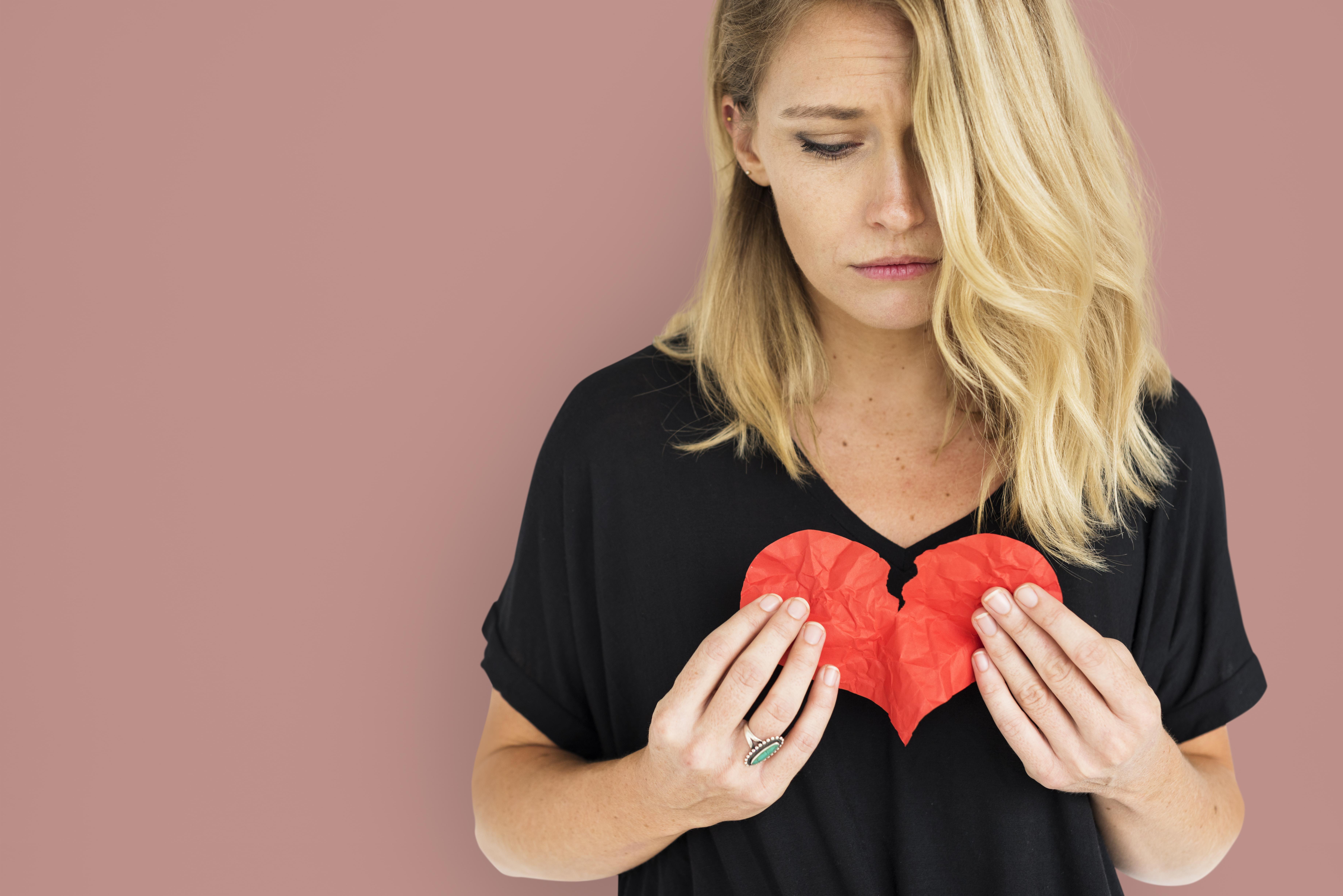 Alla, även hälsosamma personer, kan drabbas av brustet hjärta.