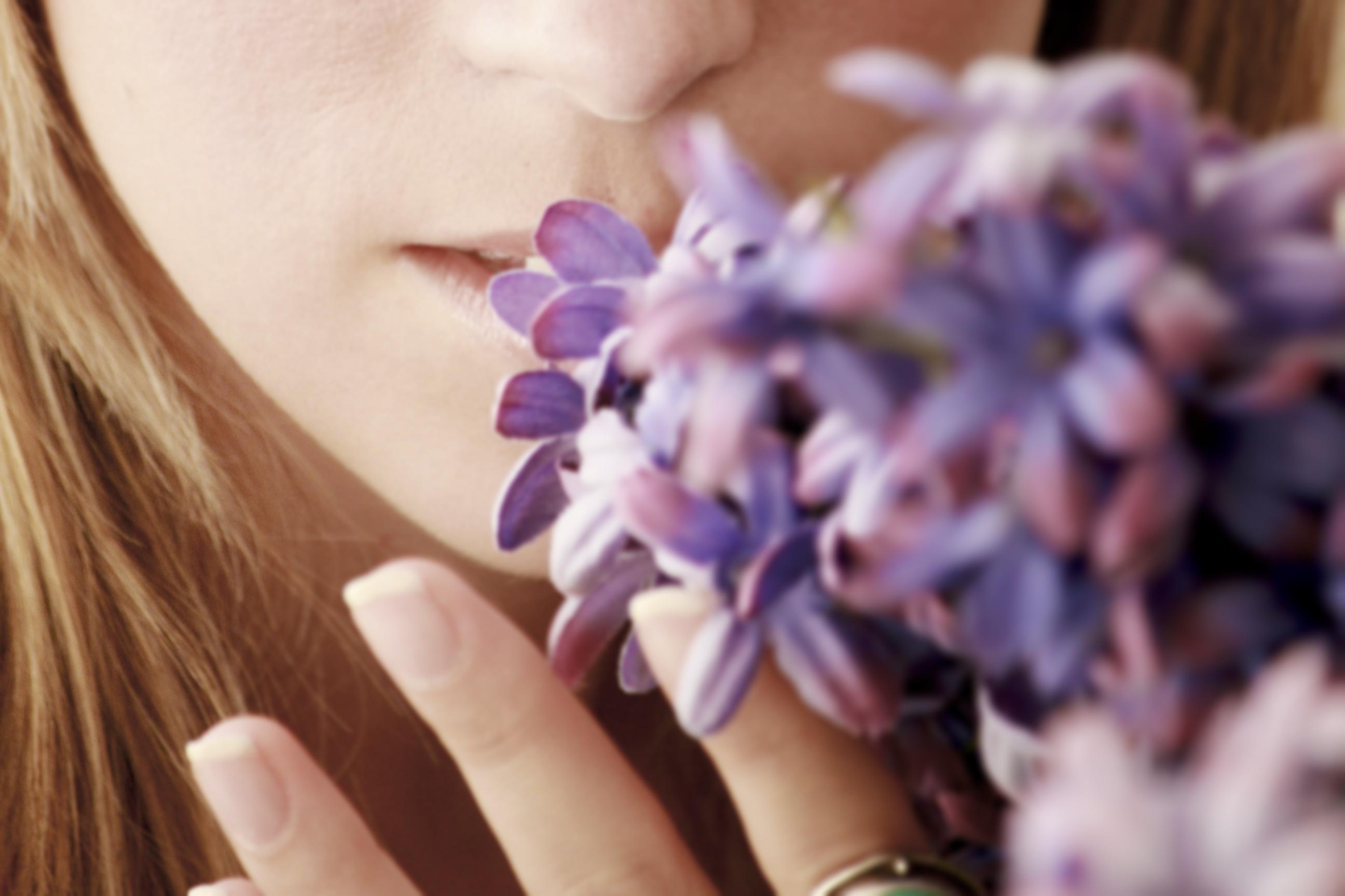 shutterstock_527377111 tappat luktsinnet känner ingen lukt luftvägar och allergi lukta.jpg