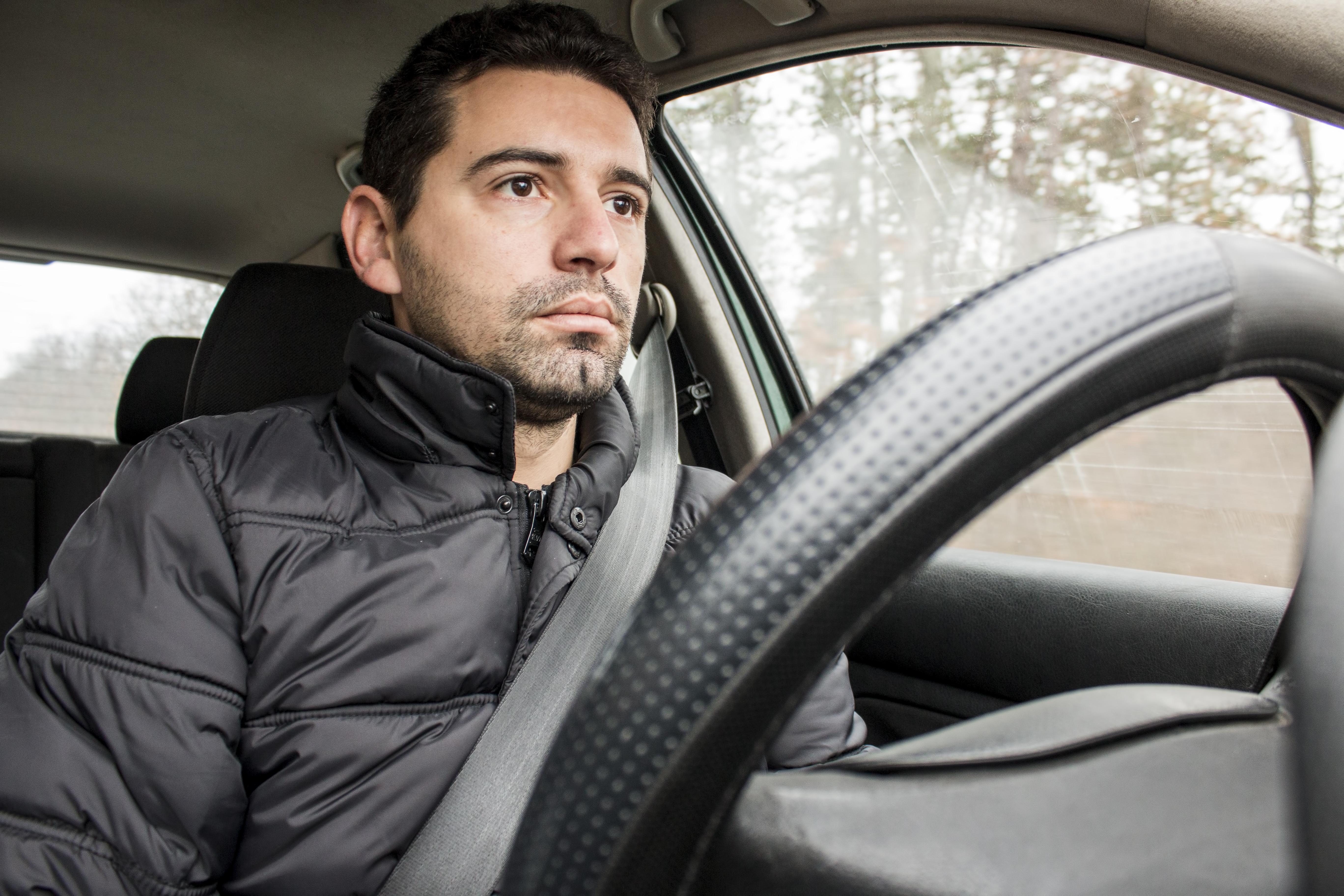 Två timmars för lite sömn fördubblar risken att råka ut för en trafikolycka.
