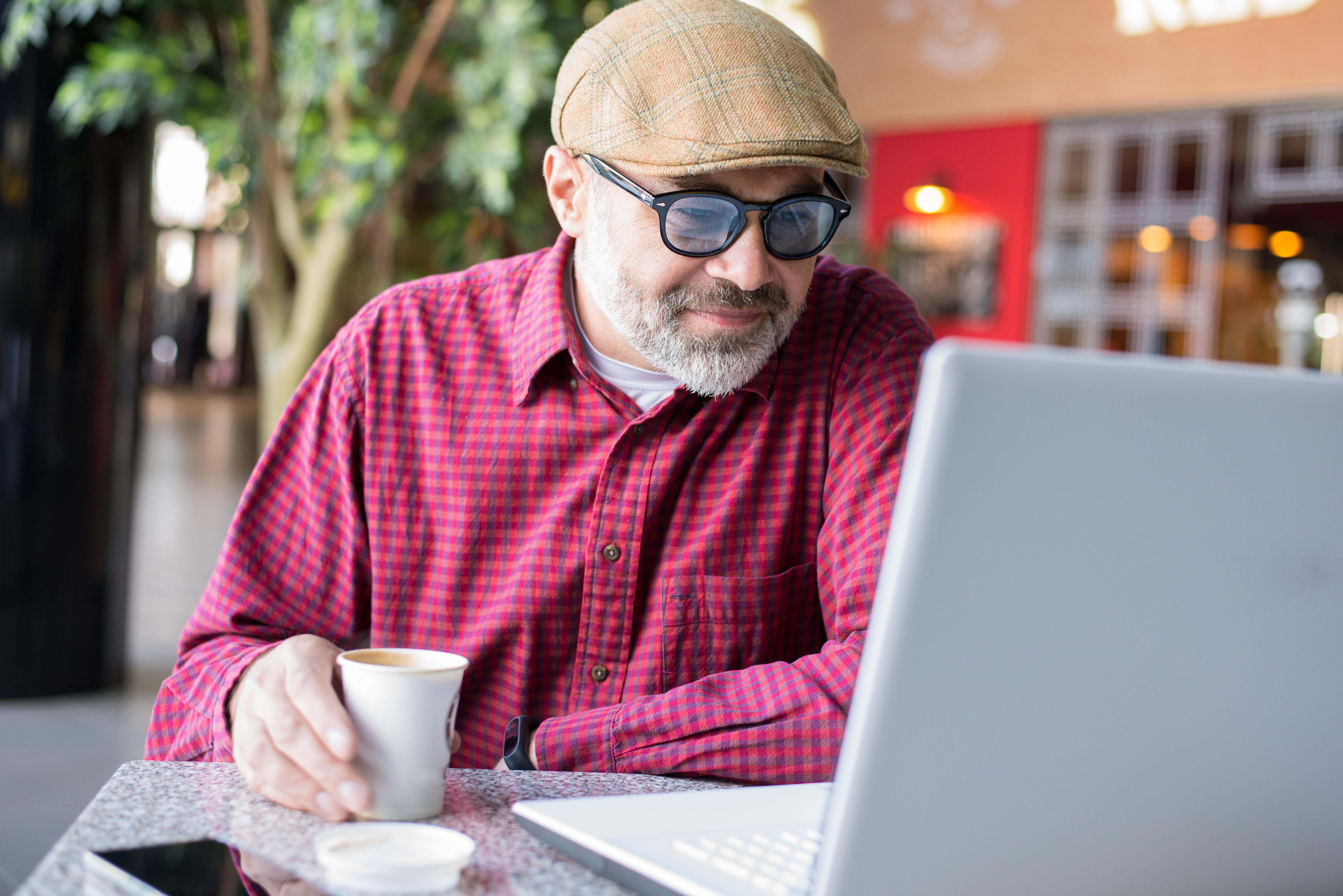 Resultatet från studien visar att deltagarna som bar glasögon i snitt hade 30 procent högre sannolikhet att vara intelligenta.