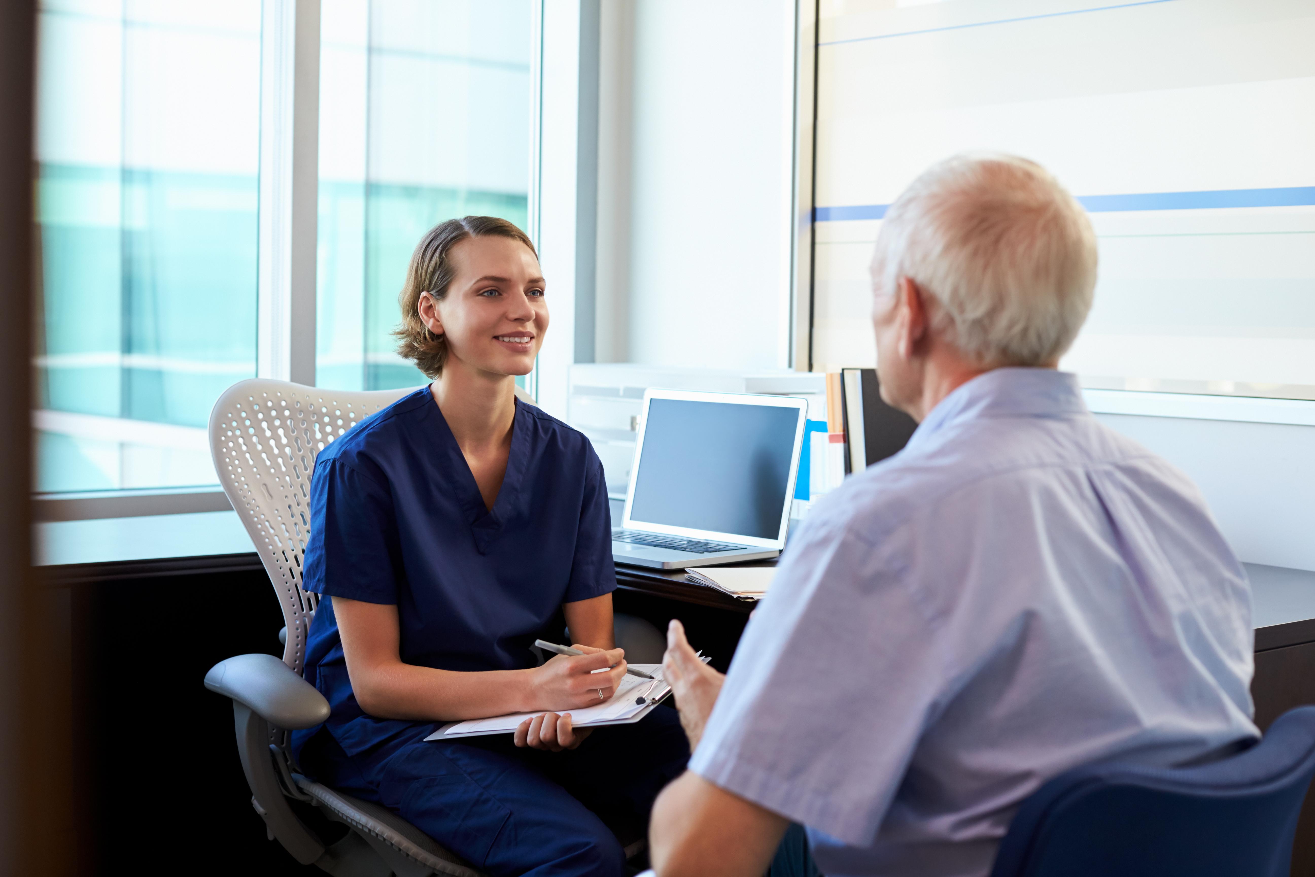 Inkomsten kan avgöra hur snabbt du får behandling vid prostatacancer.