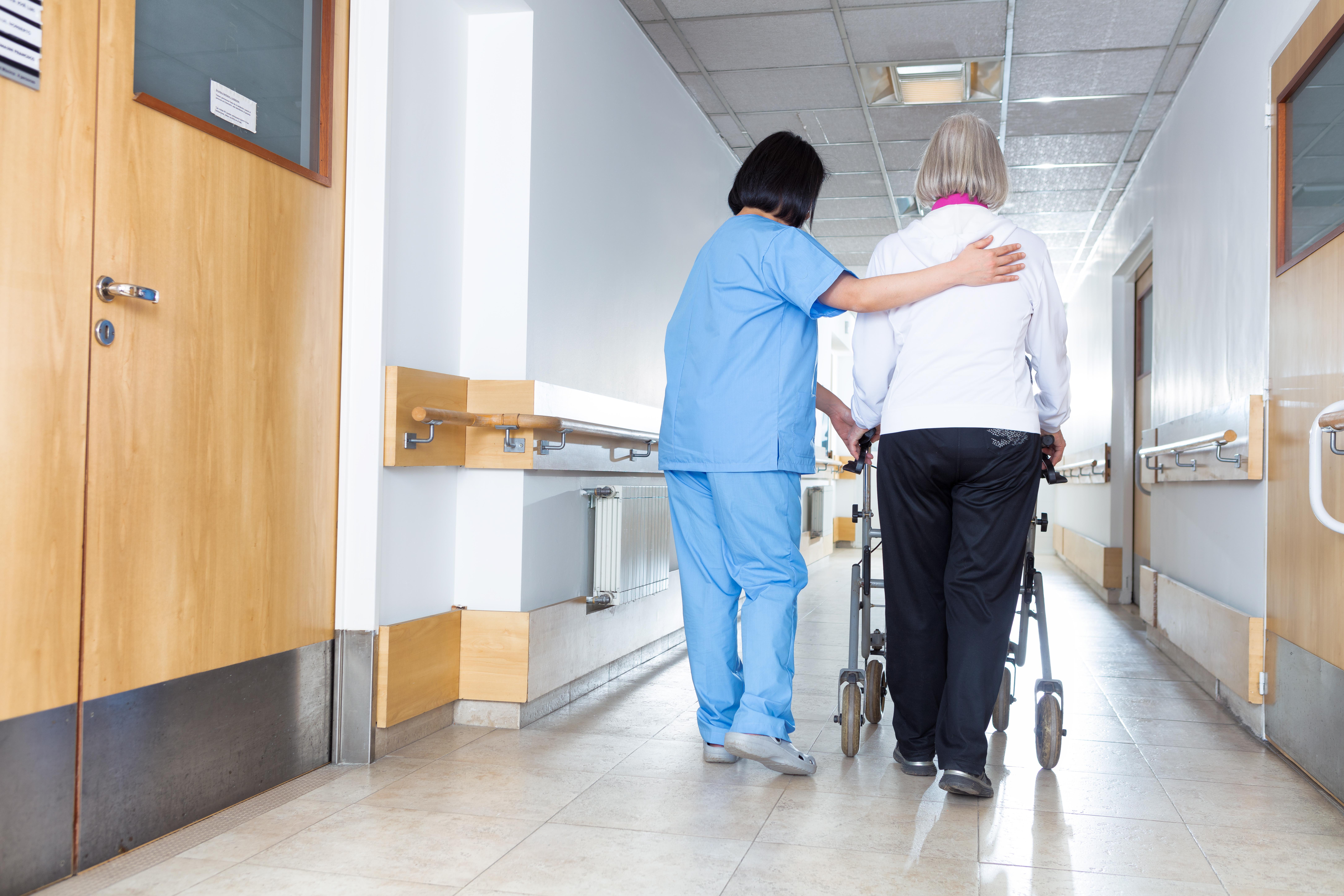 Det finns ett stort behov av att förbättra det förebyggande arbetsmiljöarbetet inom äldreomsorgen menar man från Arbetsmiljöverkets håll.