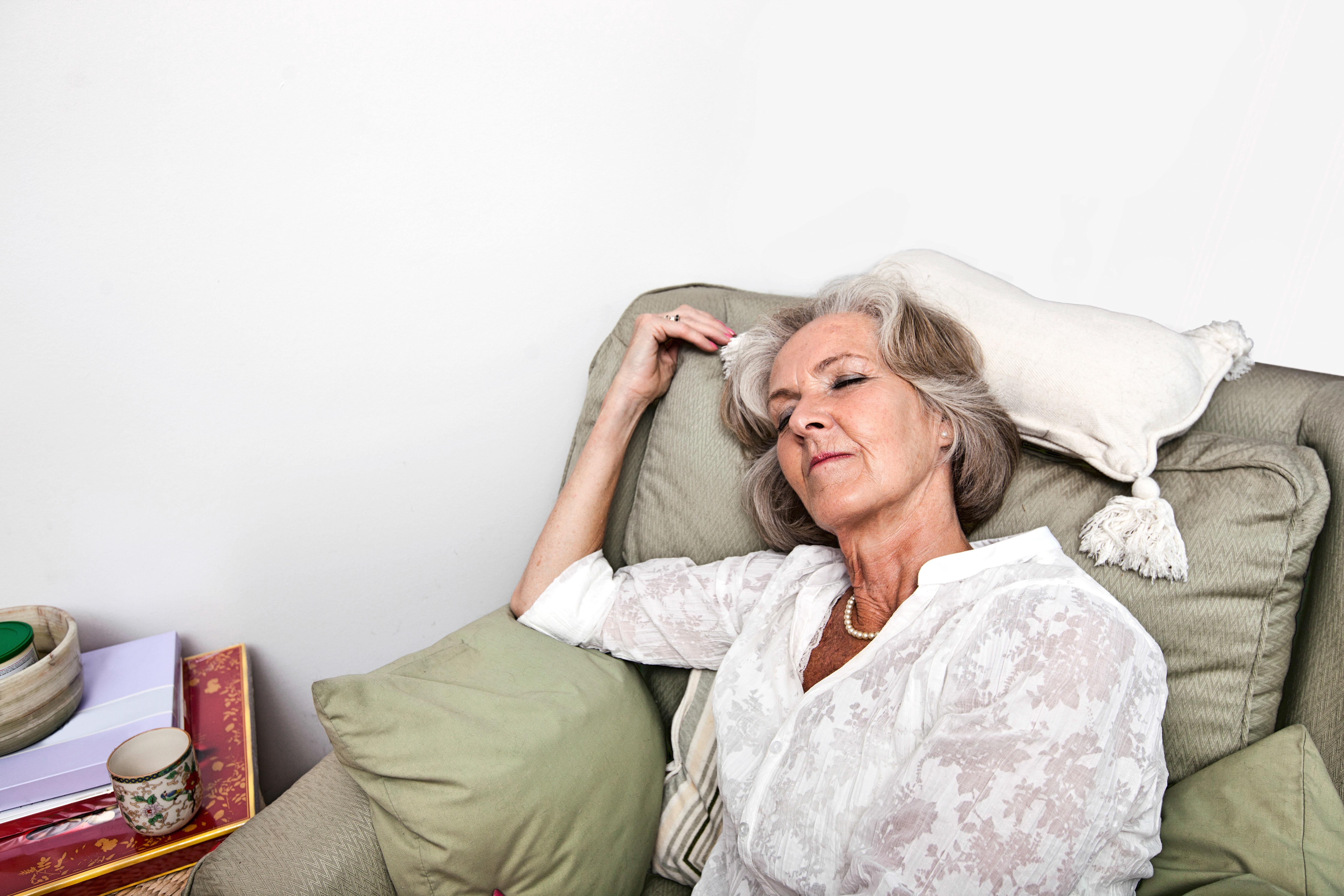 Alzheimers sjukdom påverkar de delar av hjärnan som hjälper oss att hålla oss vakna på dagen.