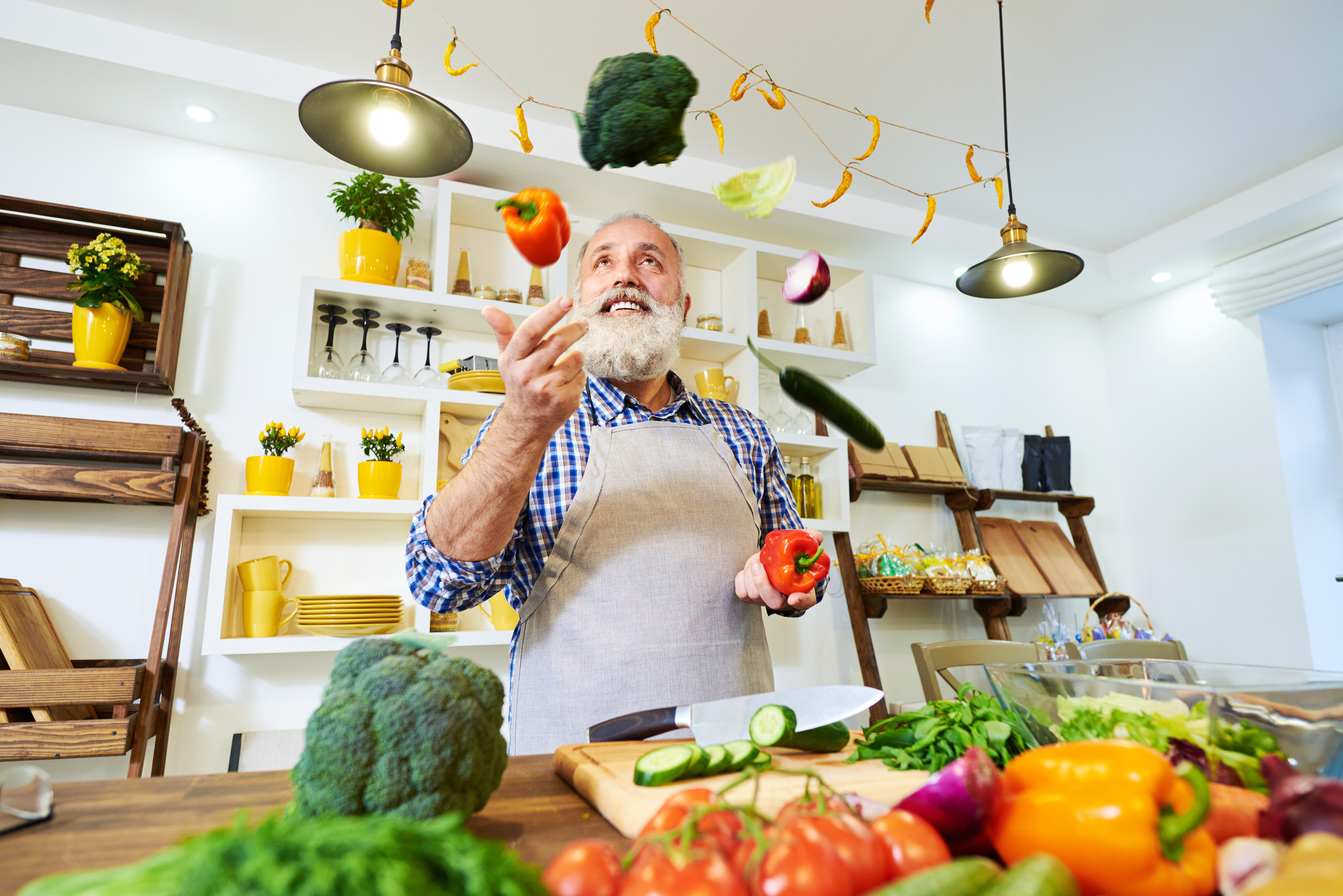 Med Årets Smak vill man skapa ett verktyg för dig som vill lära dig mer om hur du kan utveckla din matlagning.