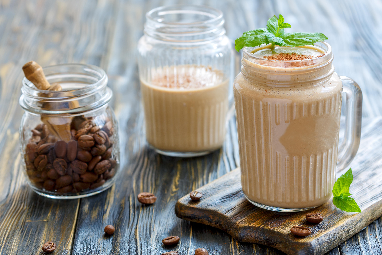 Energirik kaffesmoothie - med havre och banan