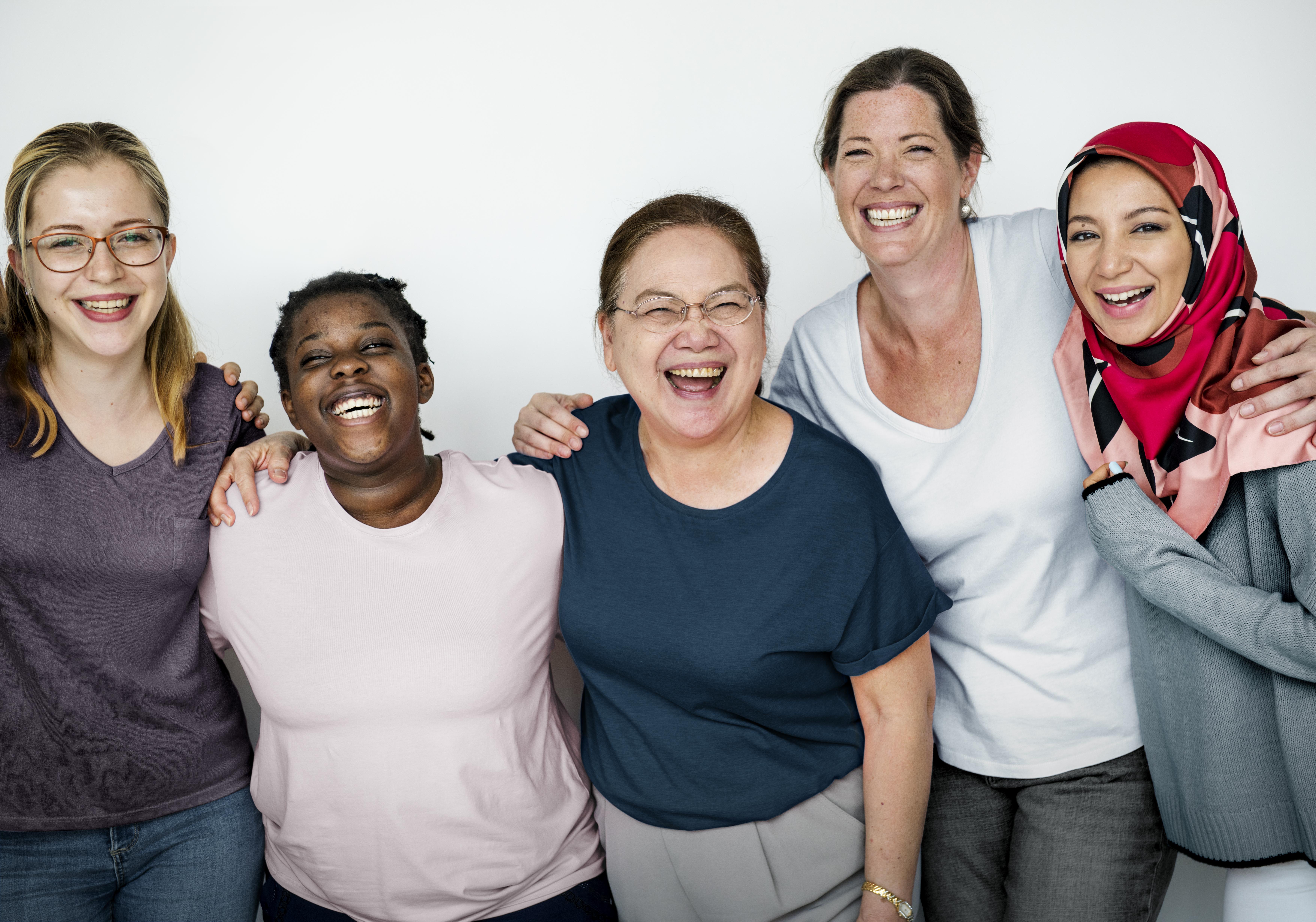 När du söker vård i Sverige ska du få ett jämlikt bemötande och behandling oavsett var i landet du bor och oavsett om du är man eller kvinna, säger socialminister Lena Hallengren.