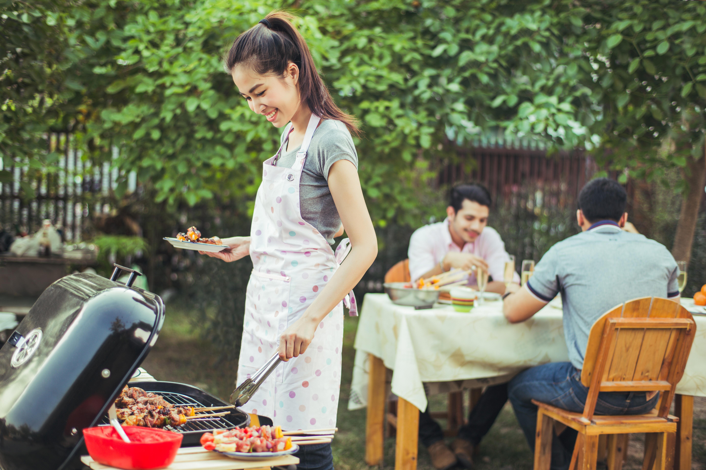 En aspekt som spelar in när det kommer till välmåendet är att grillning många gånger associeras med gemenskap.