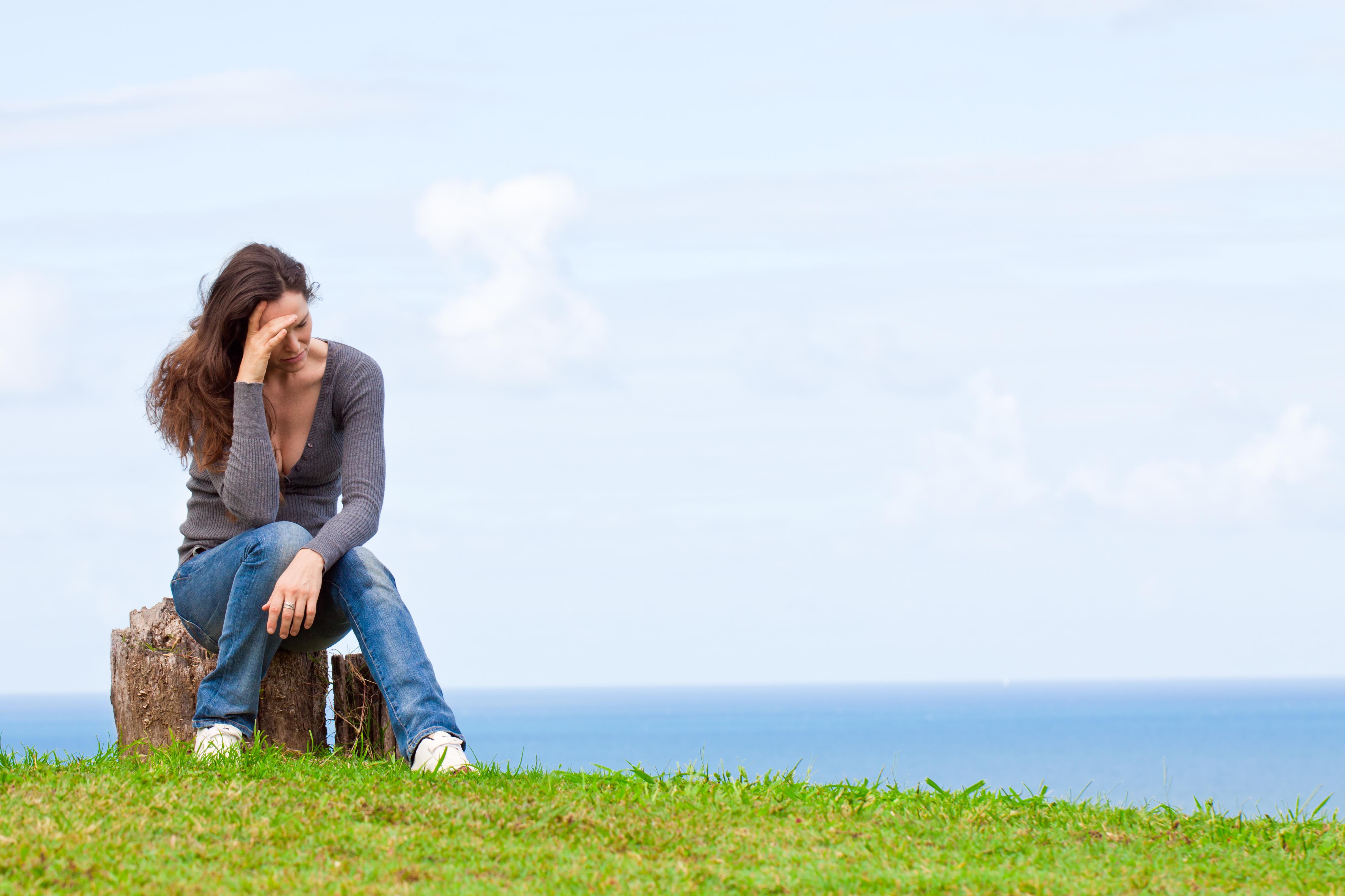 Kronisk migrän innebär att du har haft besvär av migrän minst 15 dagar i en månad utan att ha haft några andra åkommor eller besvär.