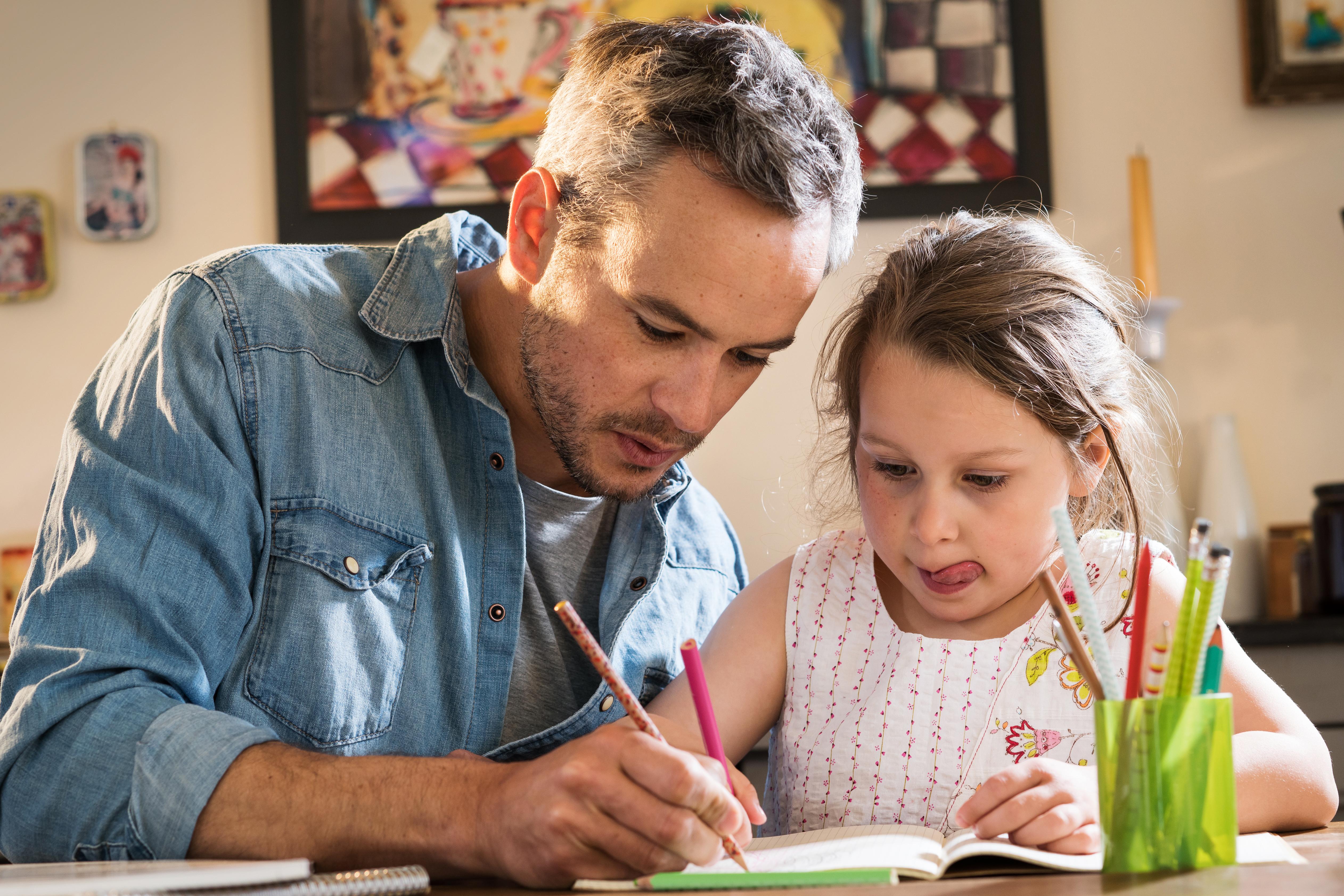 34 procent av singelföräldrarna upplever att en av fördelarna med att ha barnen varannan vecka är att de blir en mer närvarande förälder.