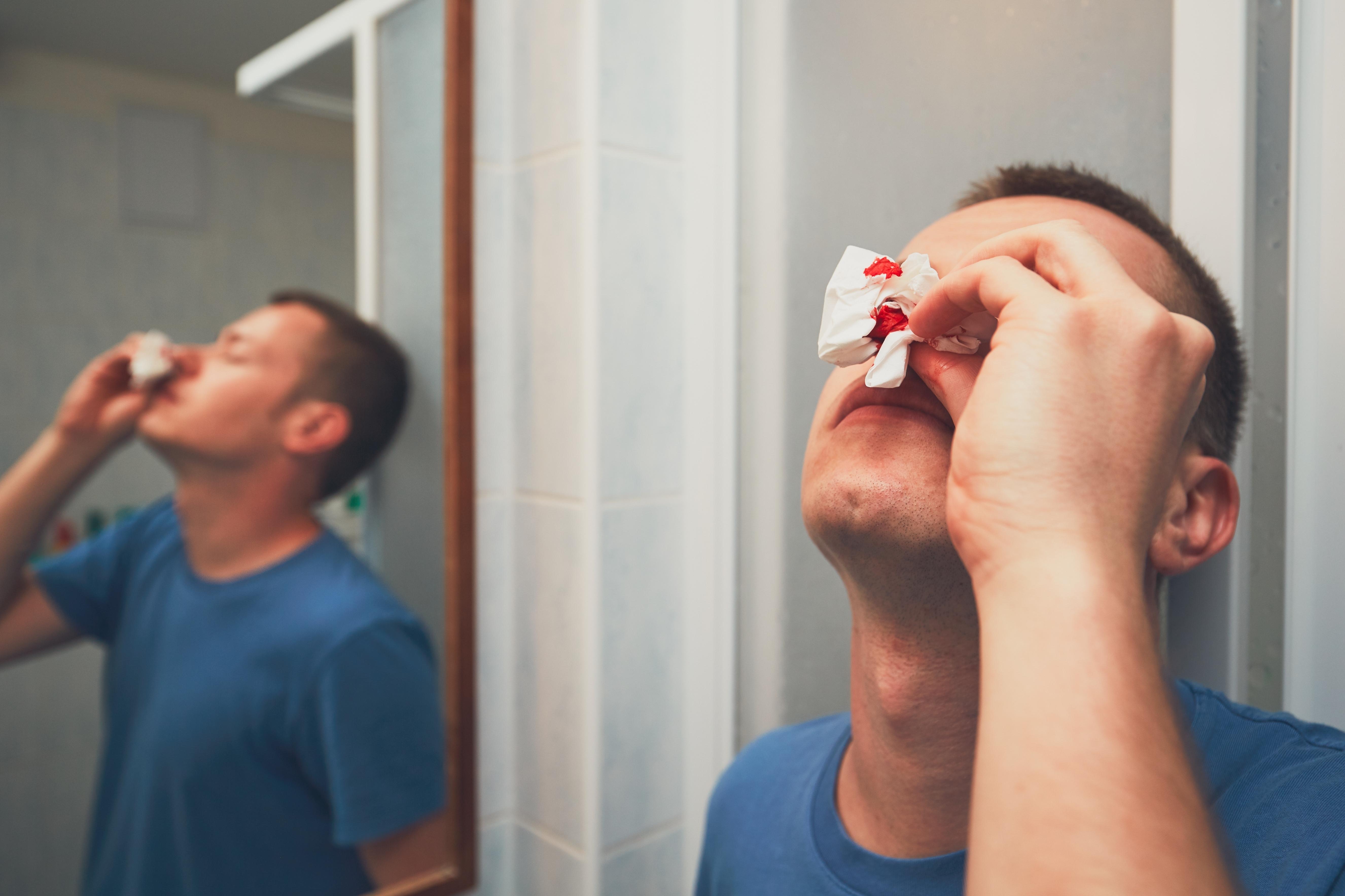 Näsblod förekommer ofta vid blödarsjukan.