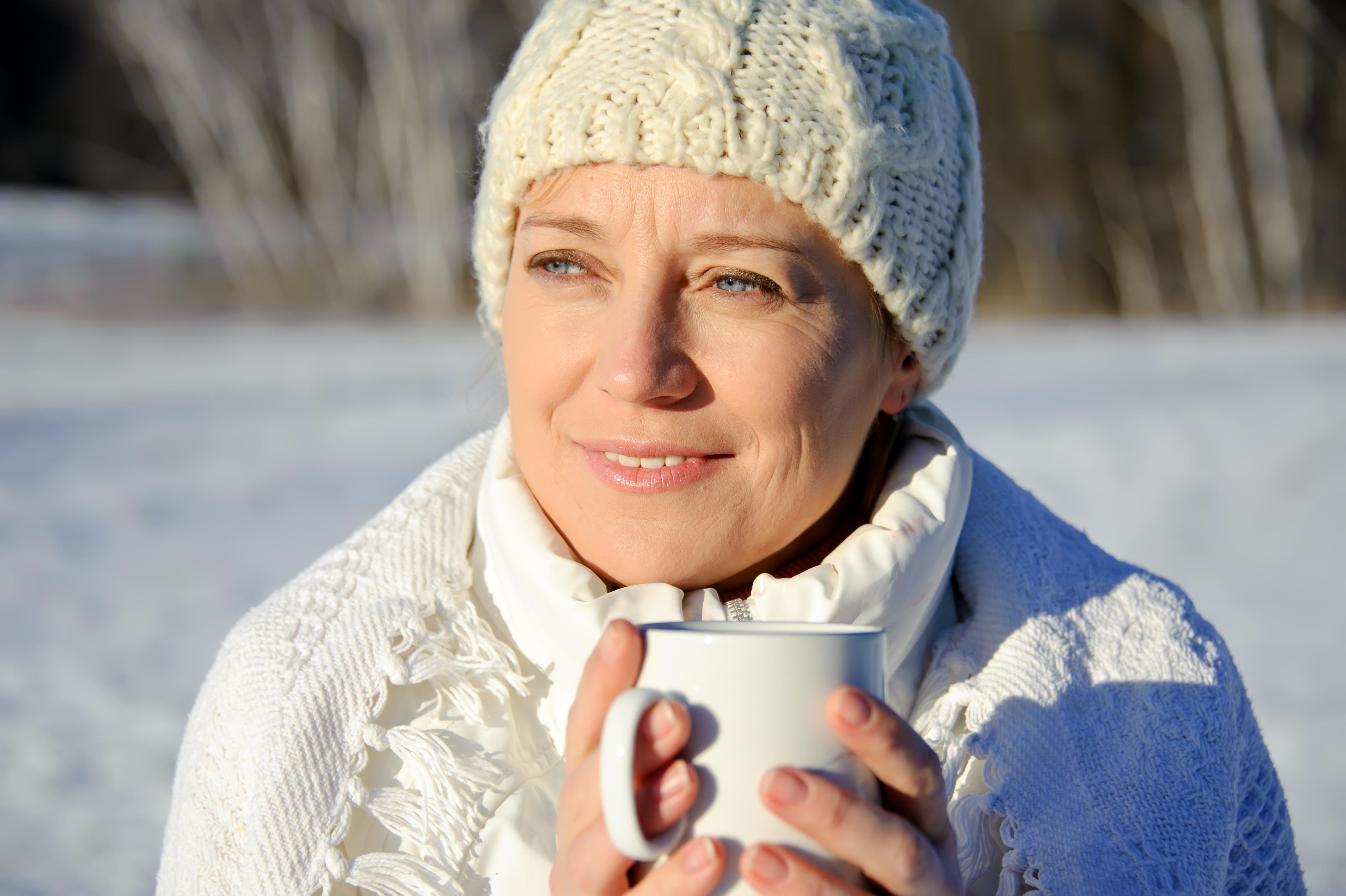 Under vinterhalvåret, då solen inte står tillräckligt högt för att kunna bilda D-vitamin genom huden, kan det uppstå D-vitaminbrist hos vissa människor.