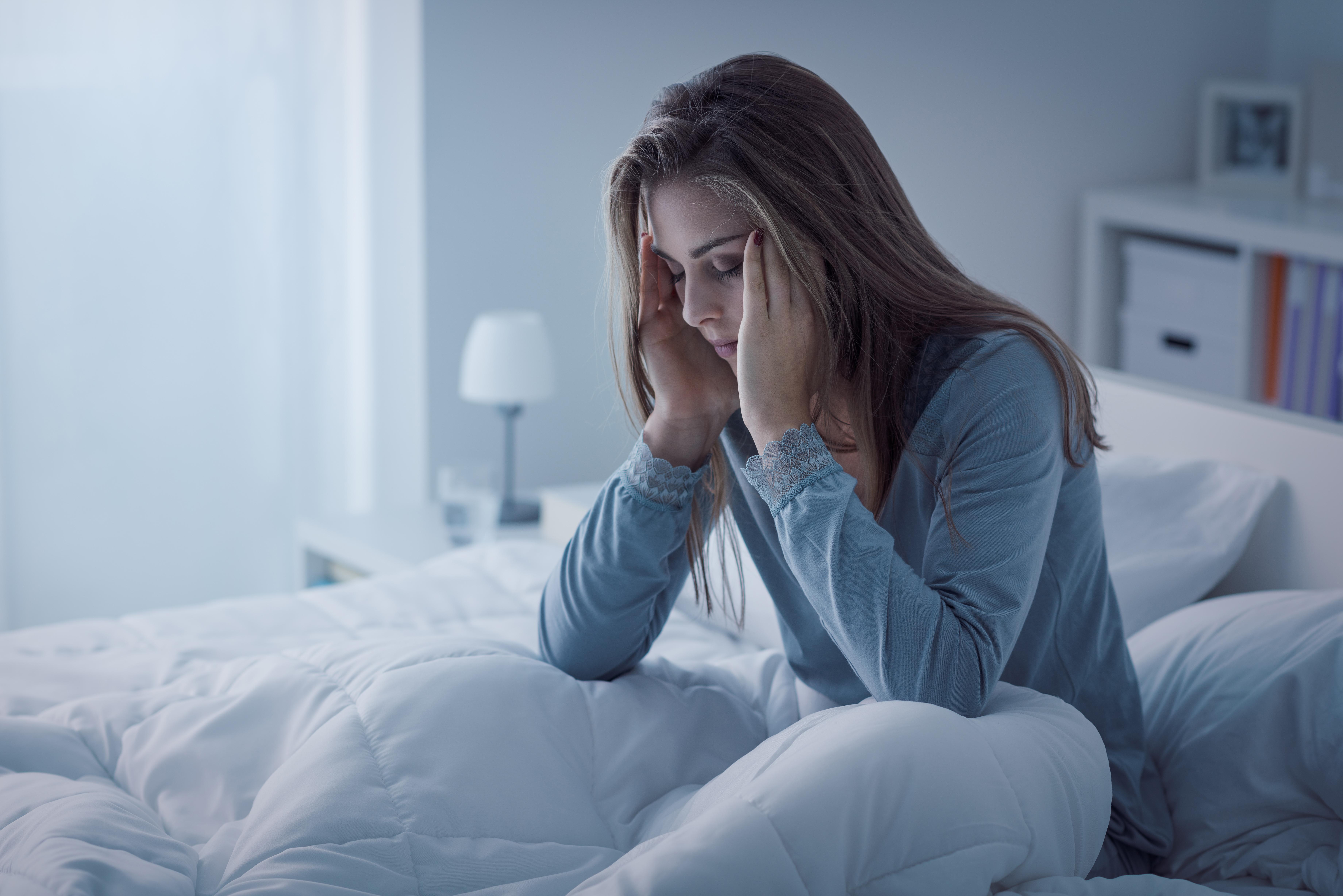 Symtomen för kroniskt trötthetssyndrom är bland annat sömnproblem.