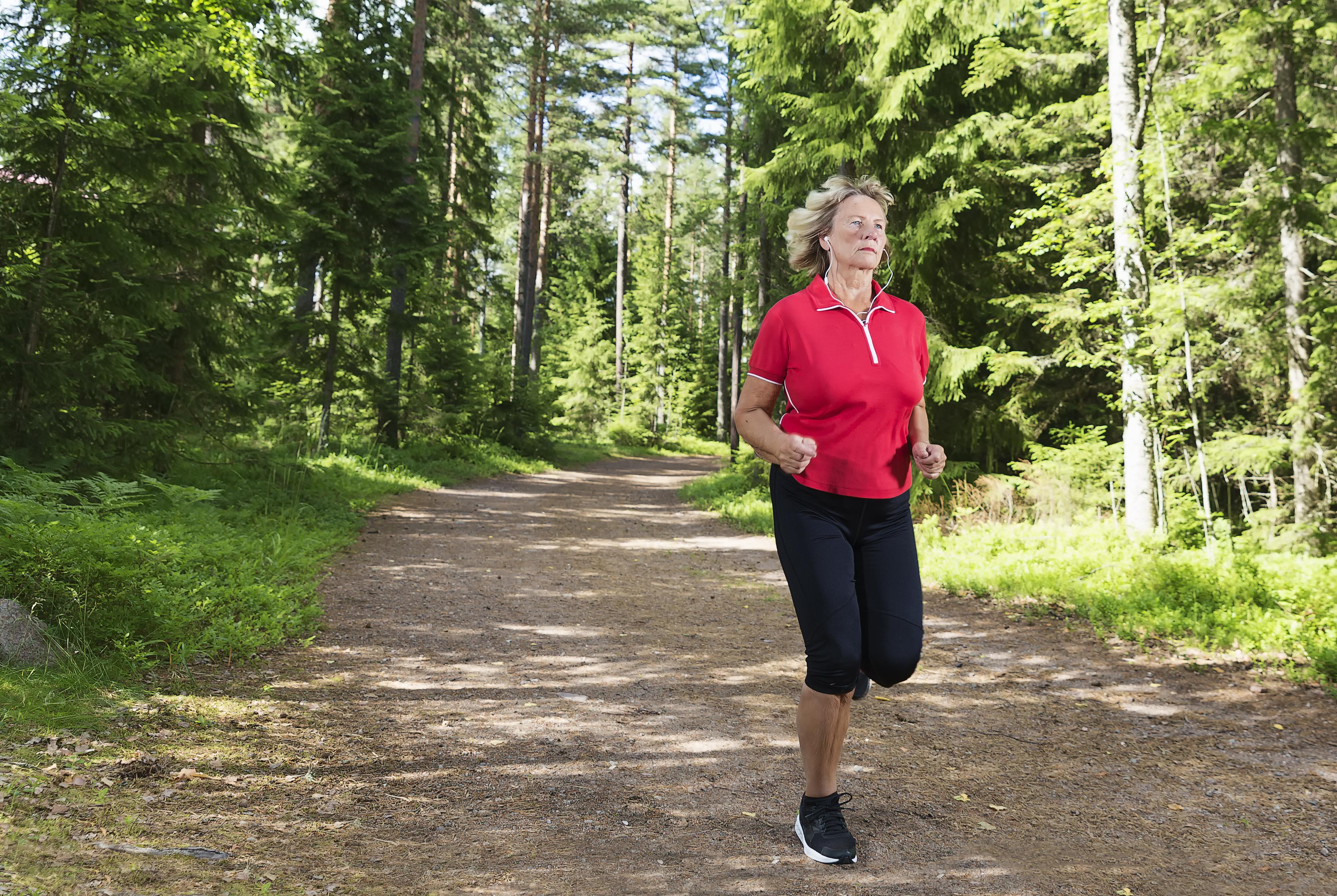 Kvinnor som idrottade minst en gång i veckan hade lägre risk för venös trombos än stillasittande kvinnor.