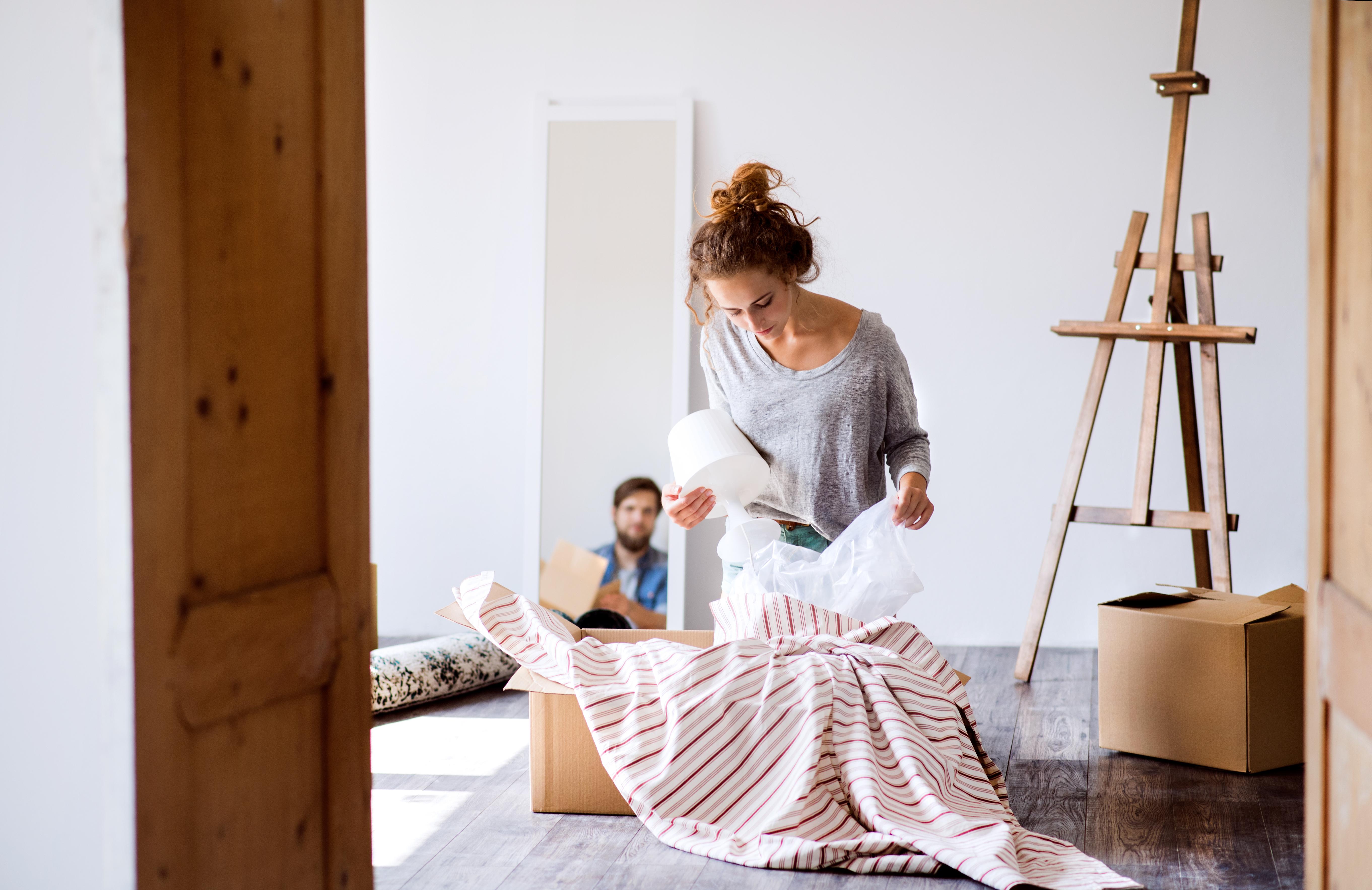 Miljöombyten som att flytta eller åka på en resa kan leda till tillfälliga mensrubbningar.
