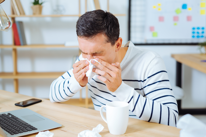 Enligt apotekare Maria Calles är de vanligaste orsakerna till att vardagen inte riktigt fungerar att man känner sig trött, ögonen kliar och att näsan rinner.