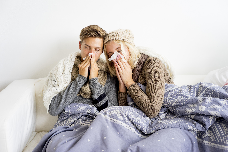 """Det finns en rad olika faktorer som framkallar den numera så typiska """"höstförkylningen""""."""