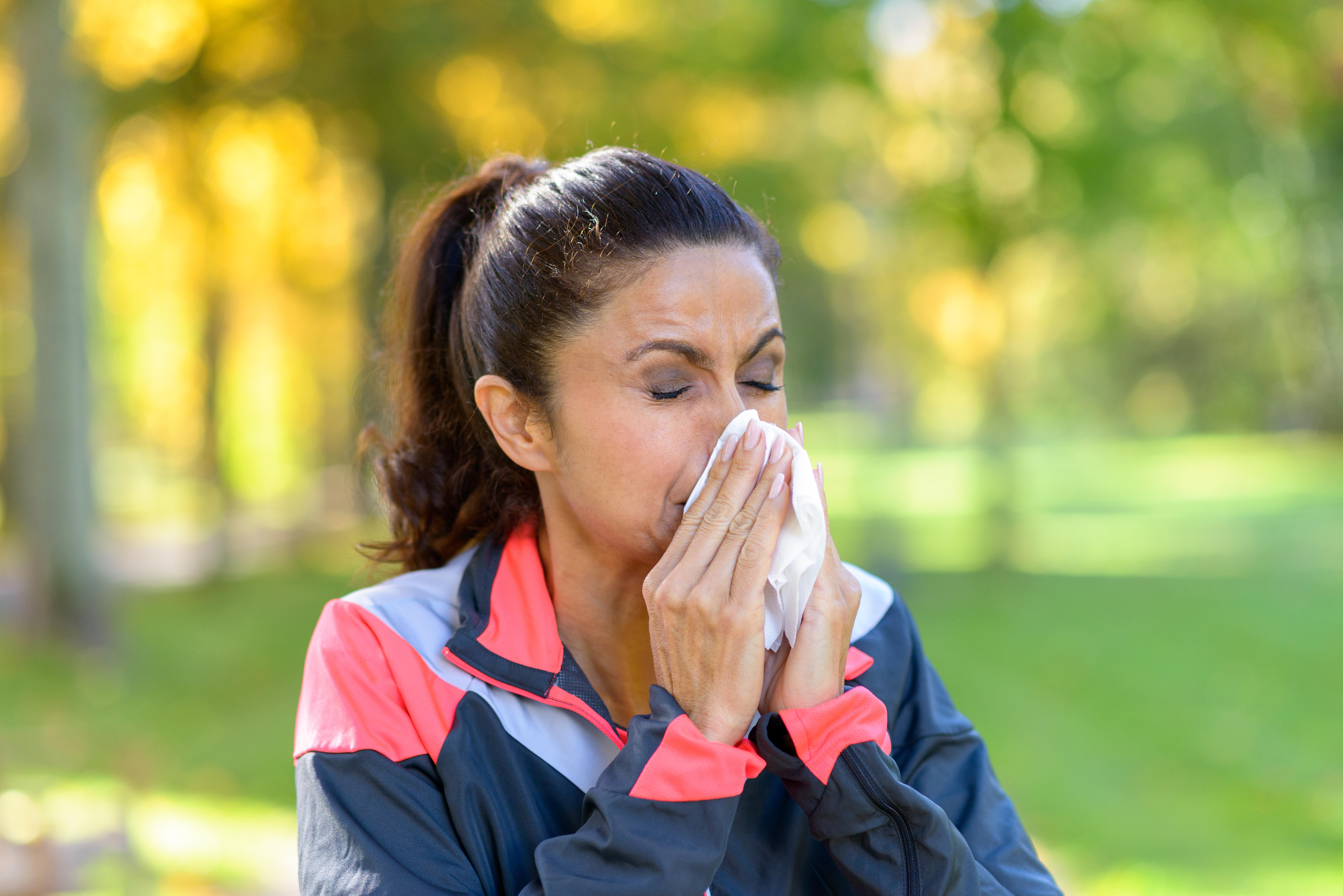 En undersökning från YouGov visar att allergin påverkar träningsvanorna hos pollenallergiker i mycket hög grad.