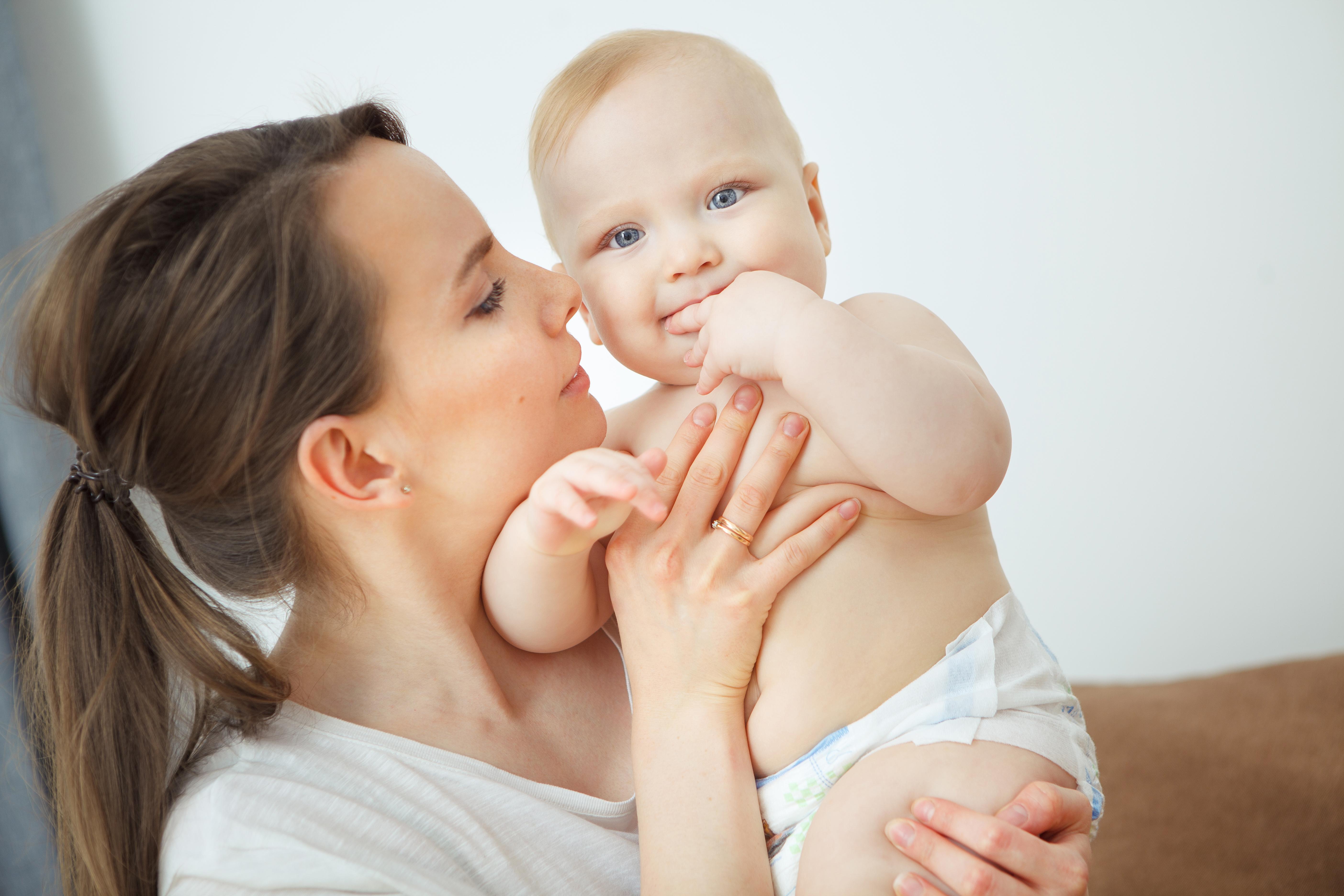 Att bebisar doftar gott är ingen hemlighet och nu undersöker forskare om det går att använda bebisdoft mot depression.