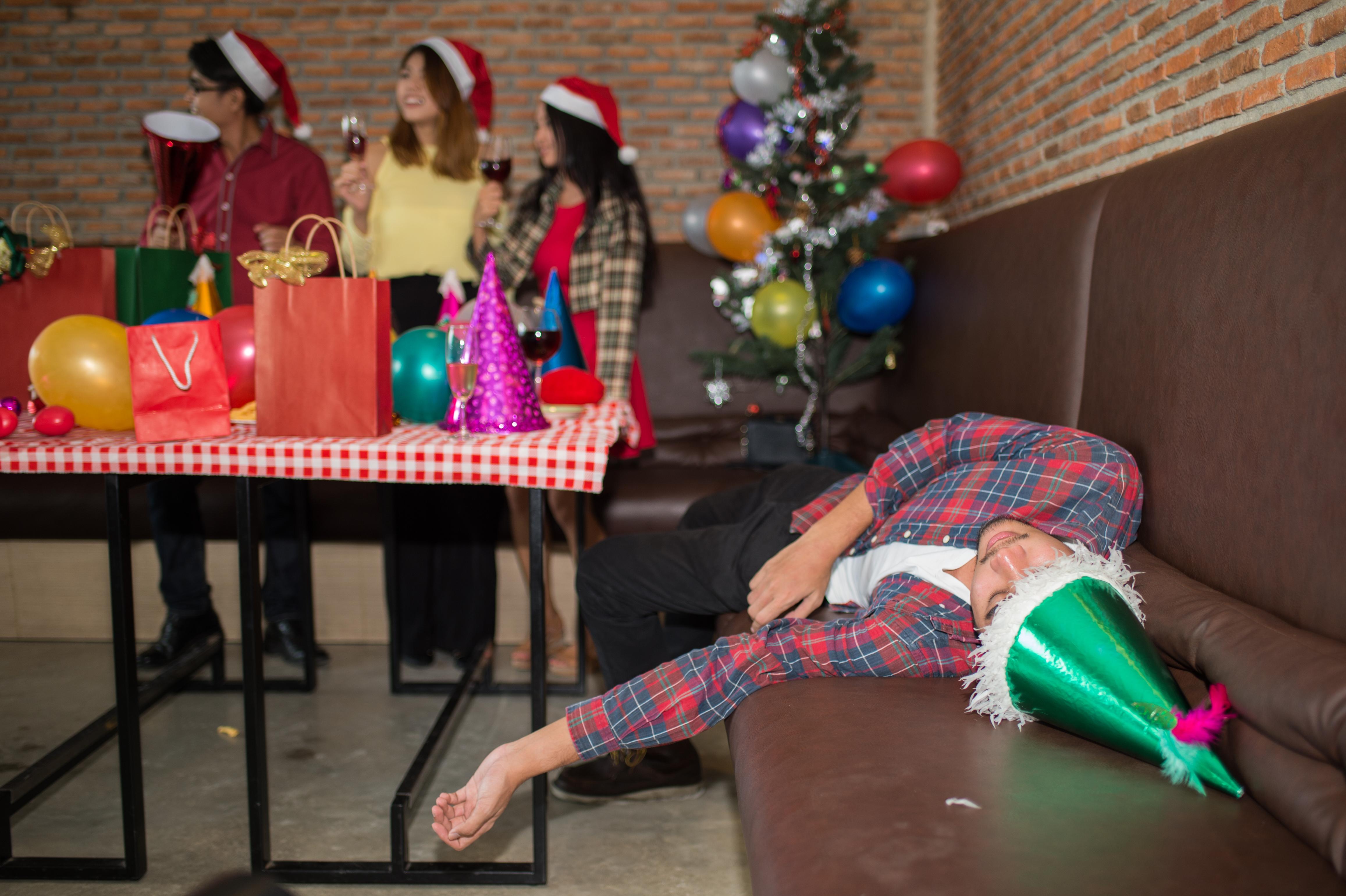 I Sifos senaste undersökning svarade 42 procent att de har varit med på något julfirande där de tycker att det har druckts för mycket alkohol.