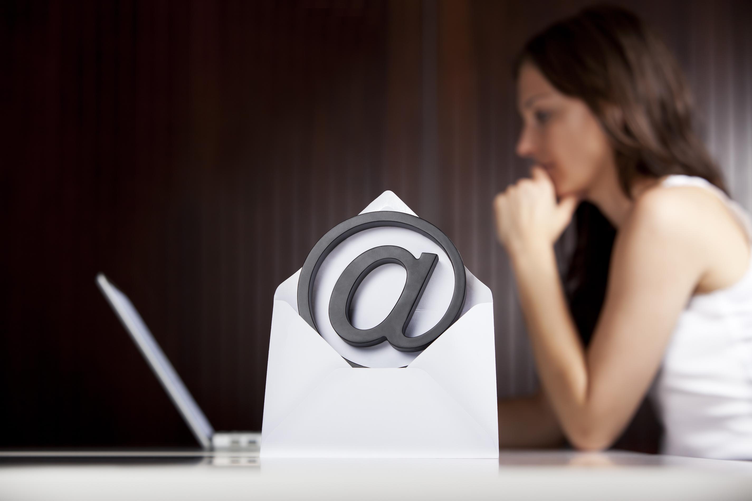 Att bara kolla mejl under arbetsdagarna minskade antalet hjärtslag hos försökspersonerna.