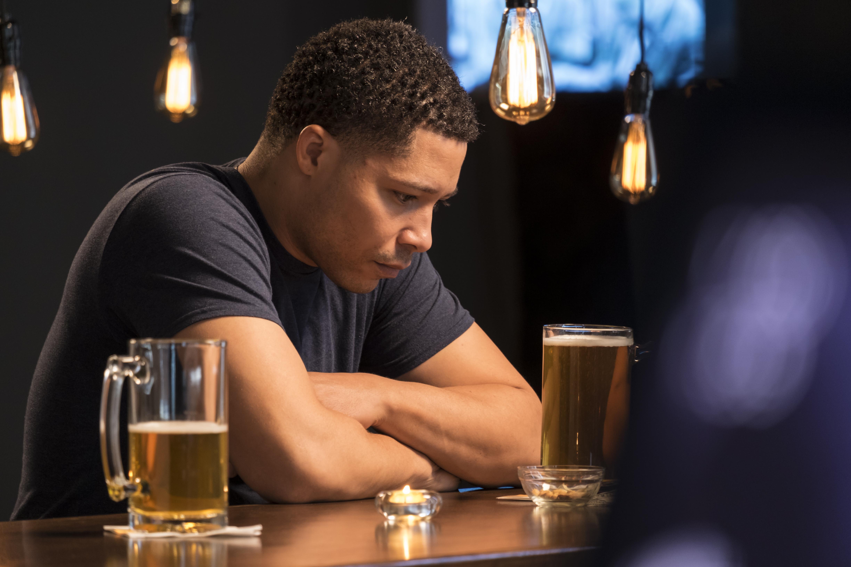 Skrumplever kan orsakas av alkoholmissbruk men även av sjukdom.
