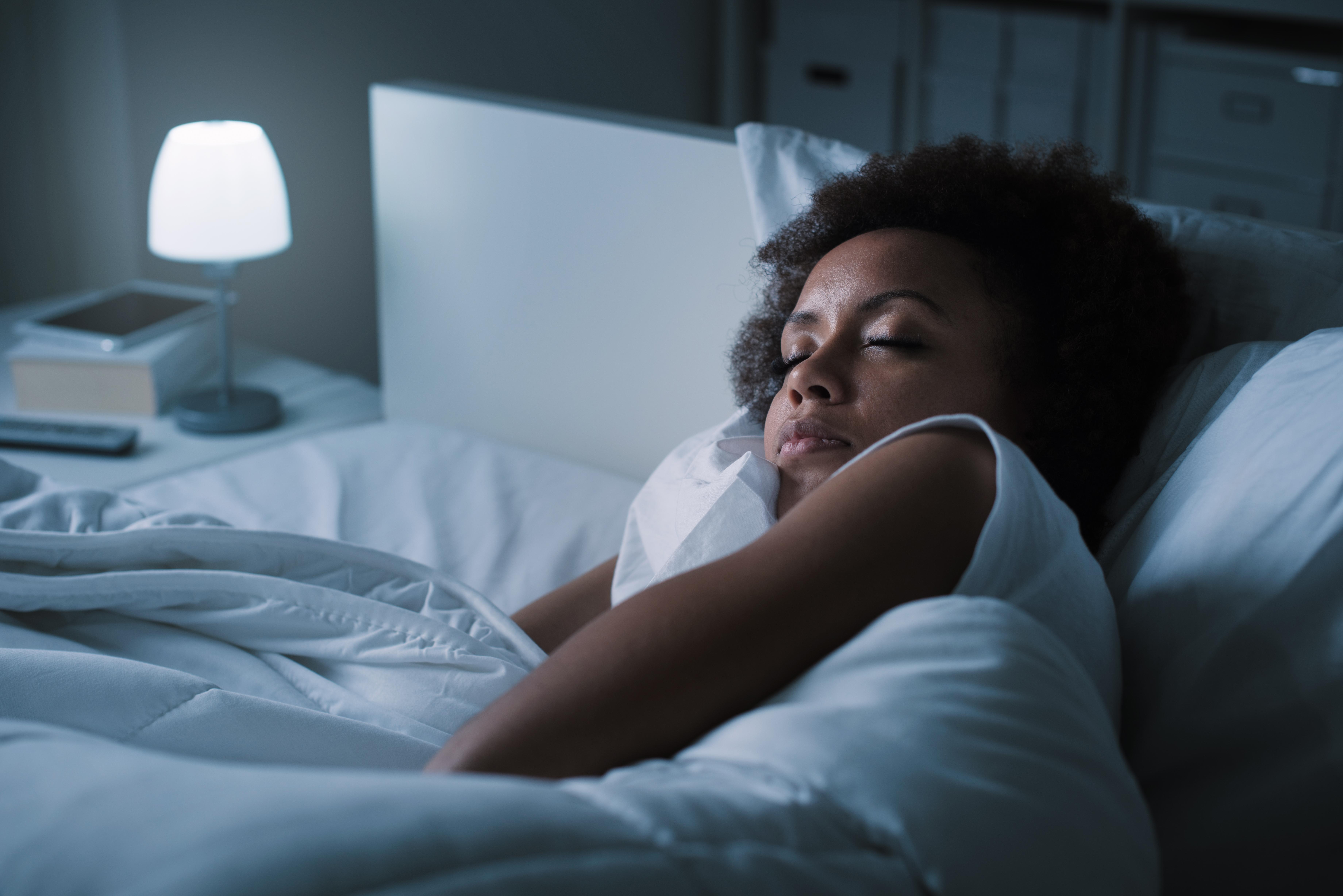 Alla förtjänar en god natts sömn och det finns hjälp att få om du snarkar.