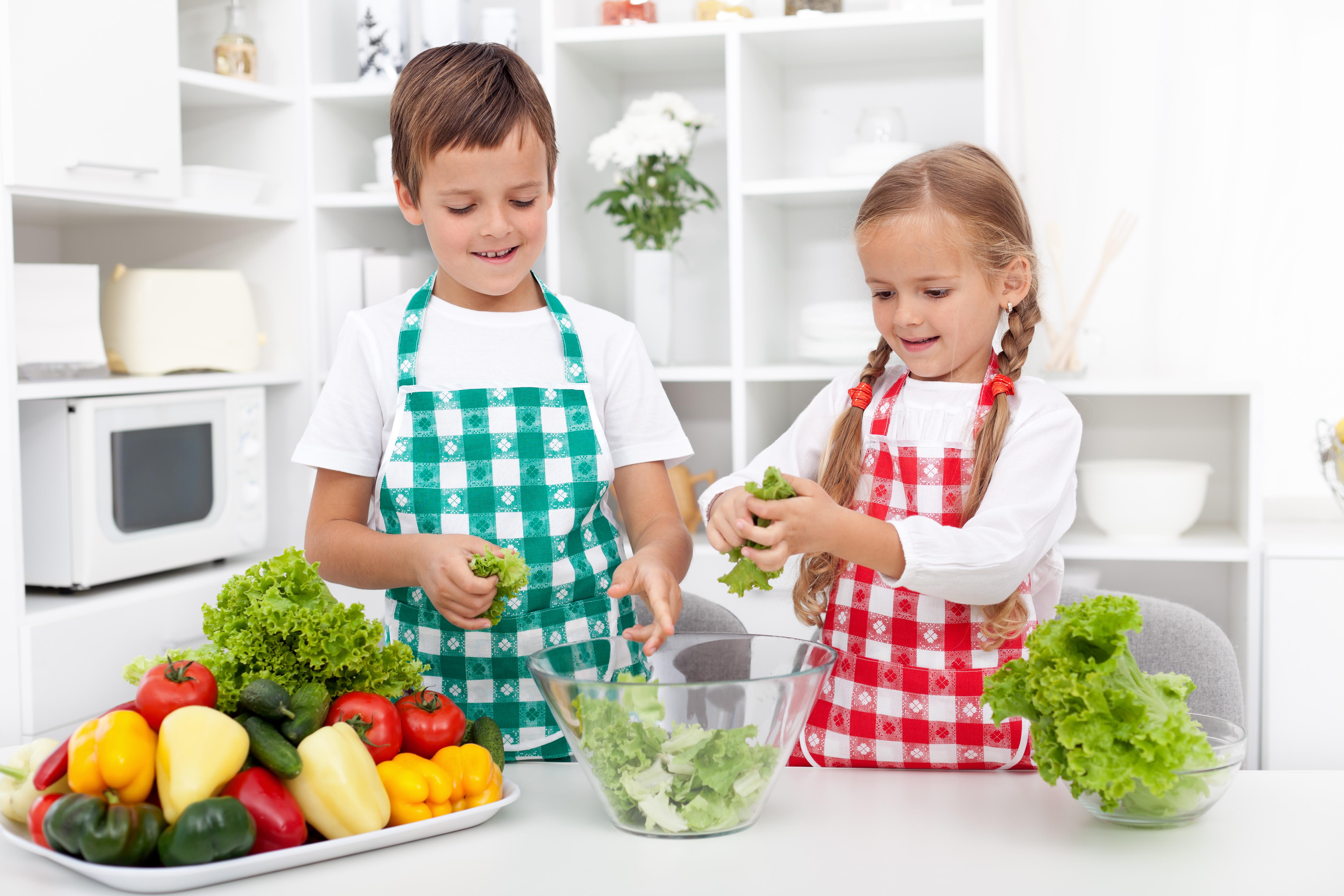 Om man äter en varierad kost får man i sig det man behöver för att må bra.