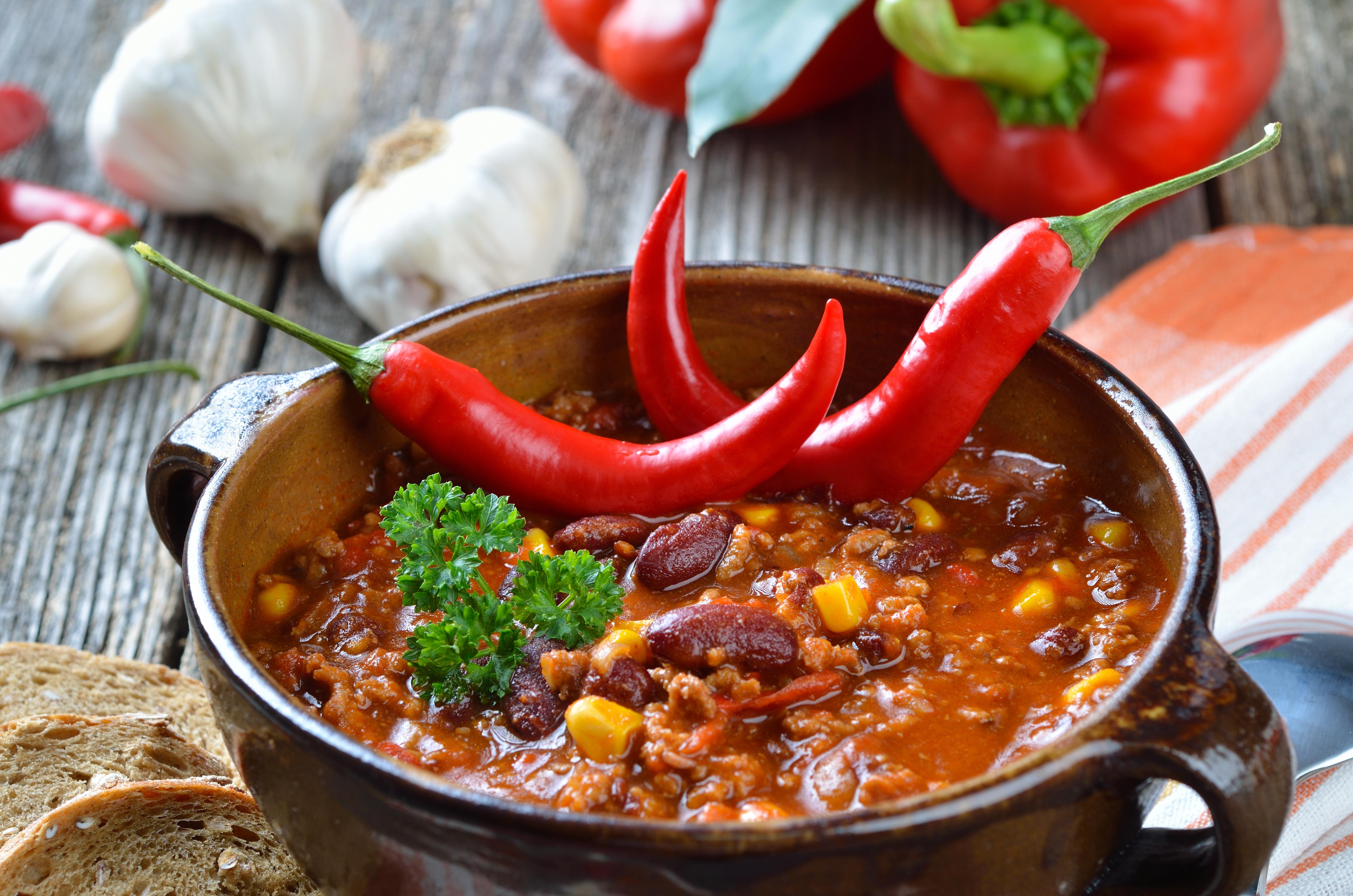 Enligt resultatet av en omfattande studie på kineser kan du förlänga livet genom att äta kryddstark mat - bäst effekt blir det om du äter färsk chili.