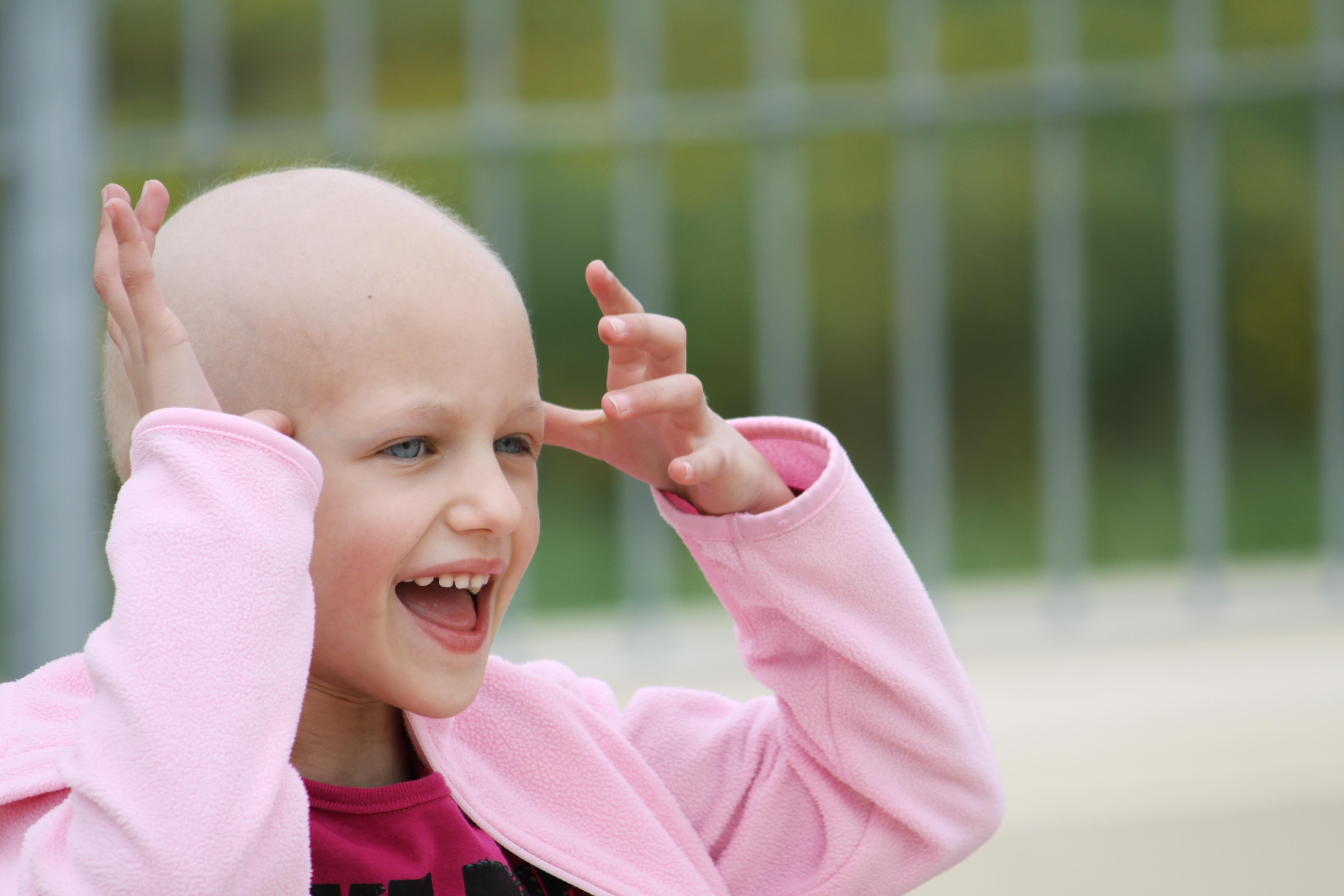 Barncancerfondens vision är att utrota barncancer. Idag överlever i genomsnitt 80 procent av de barn som insjuknar i cancer.