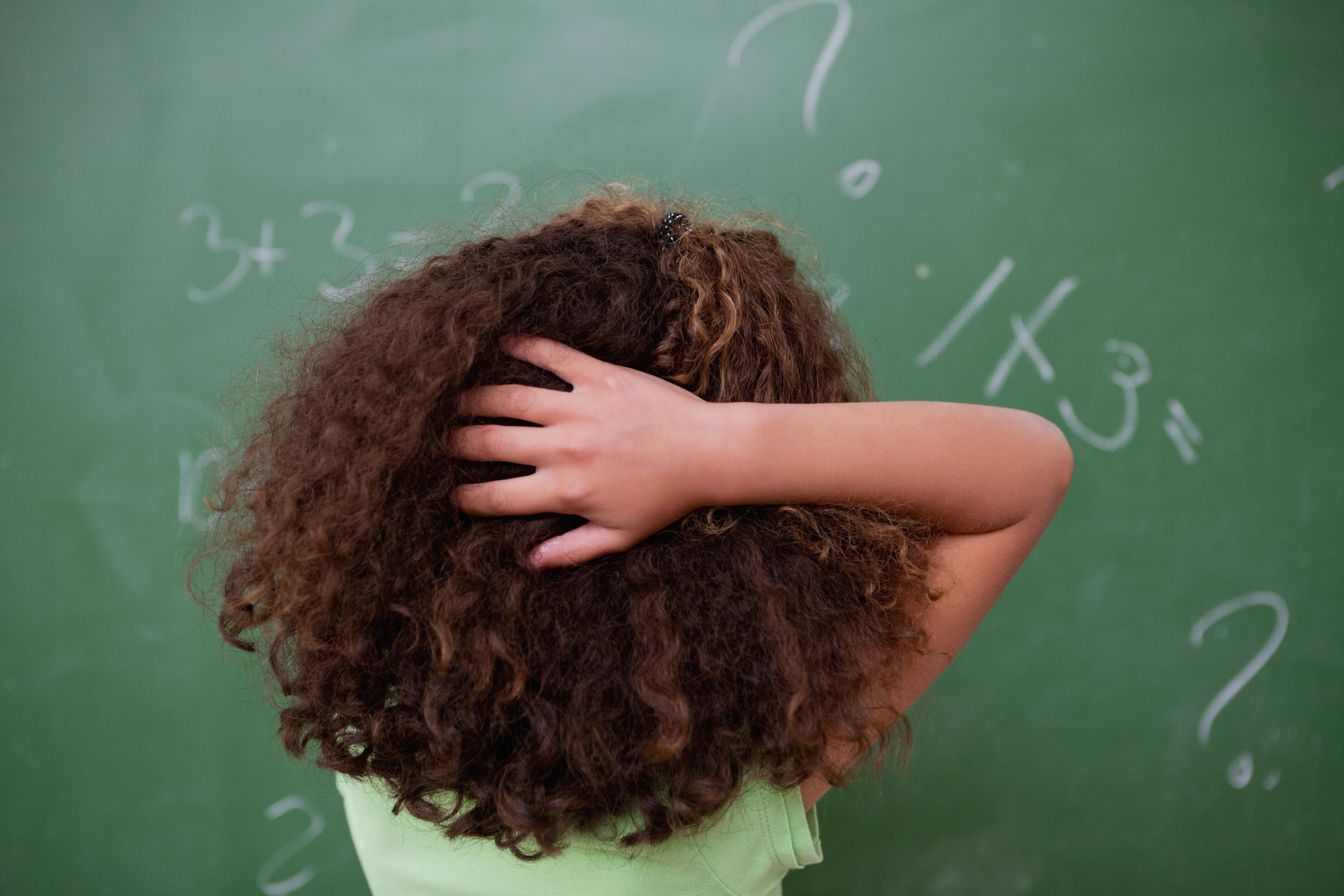Efter att skolorna har börjat brukar lössen sprida sig mer och mer.