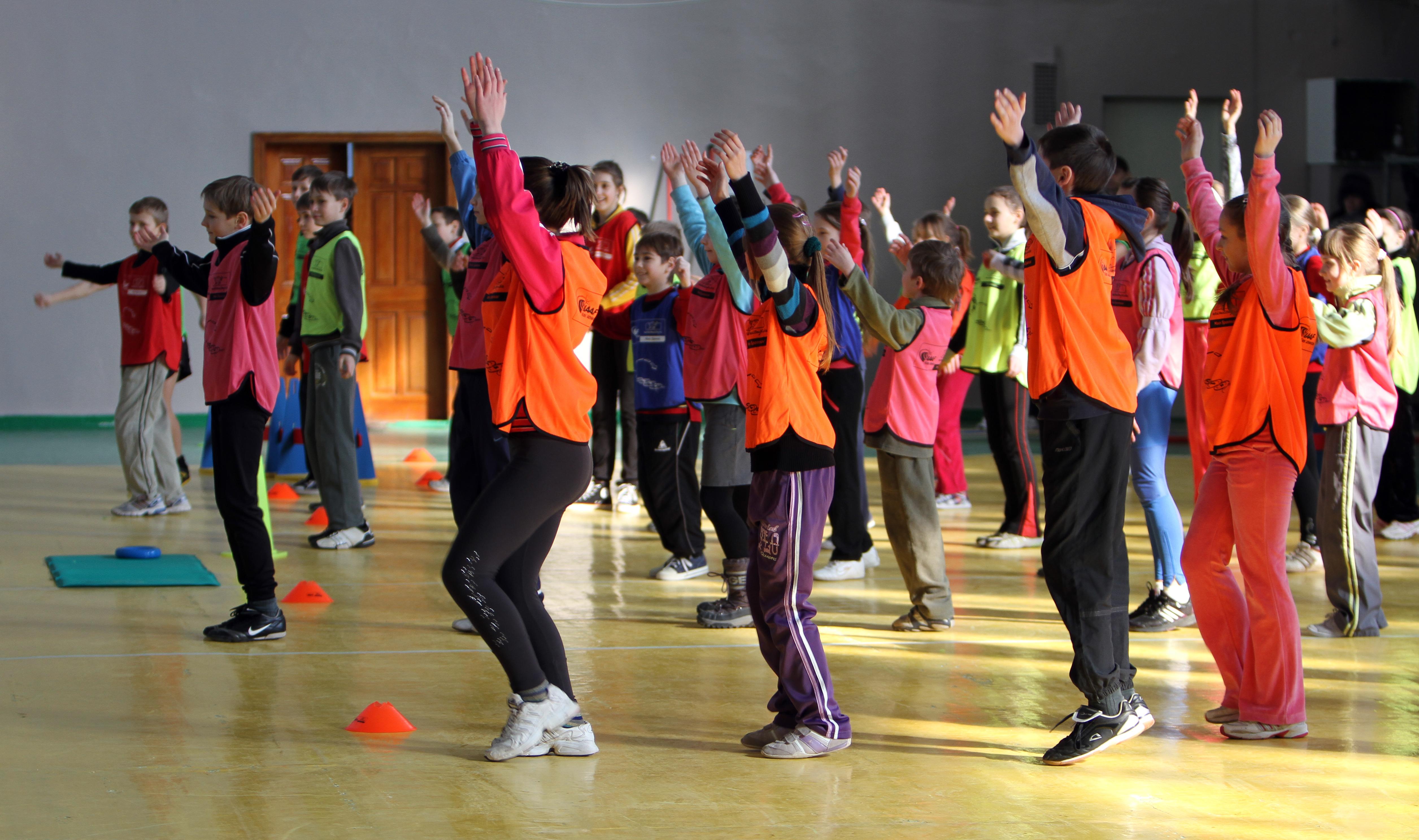 För kvinnor kan lågt betyg i gymnastik leda till ökad risk för muskelsmärtor. Foto: Denis Kuvaev / Shutterstock.com